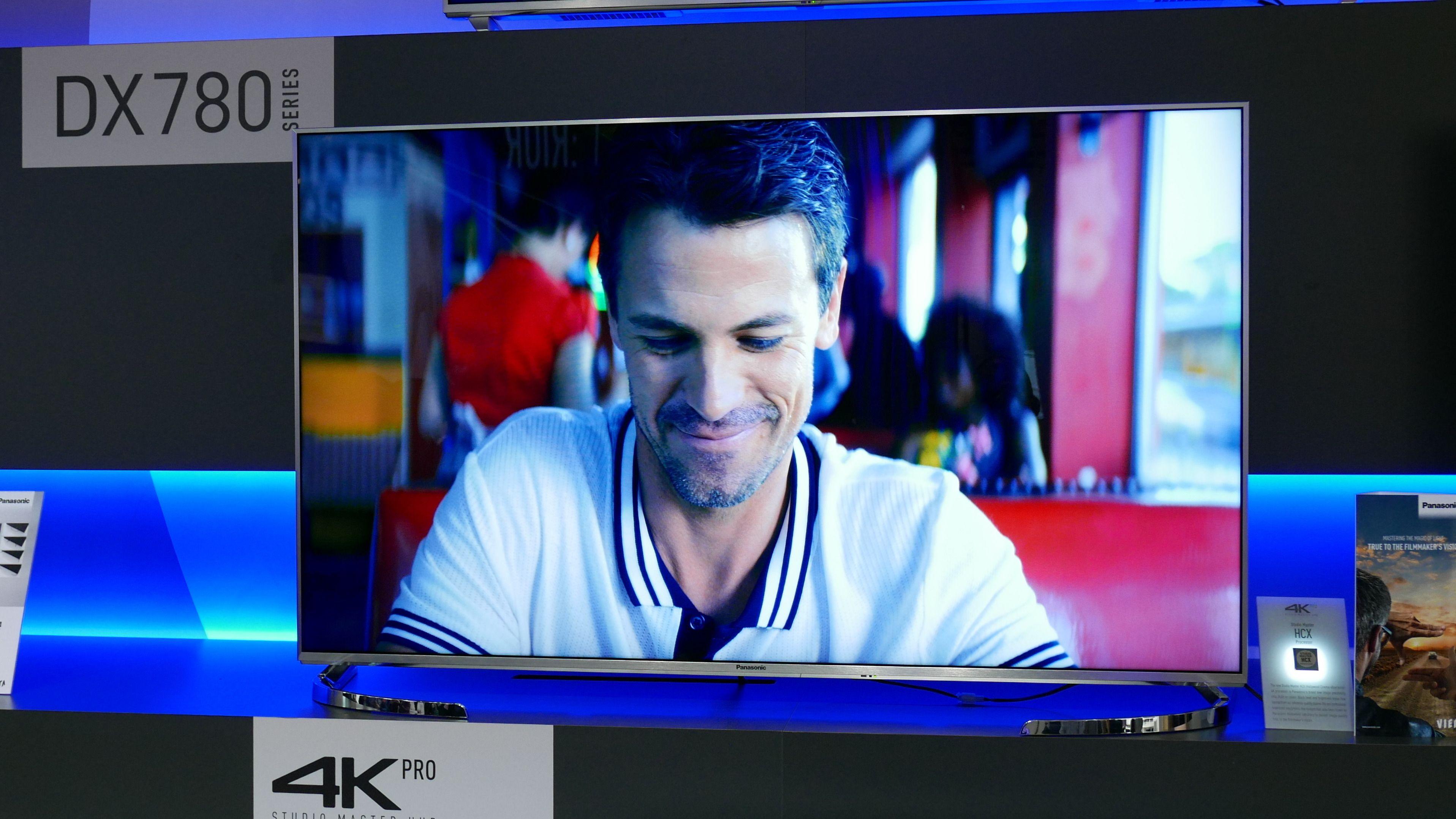 DX780 er en stilren og flott TV å se på.