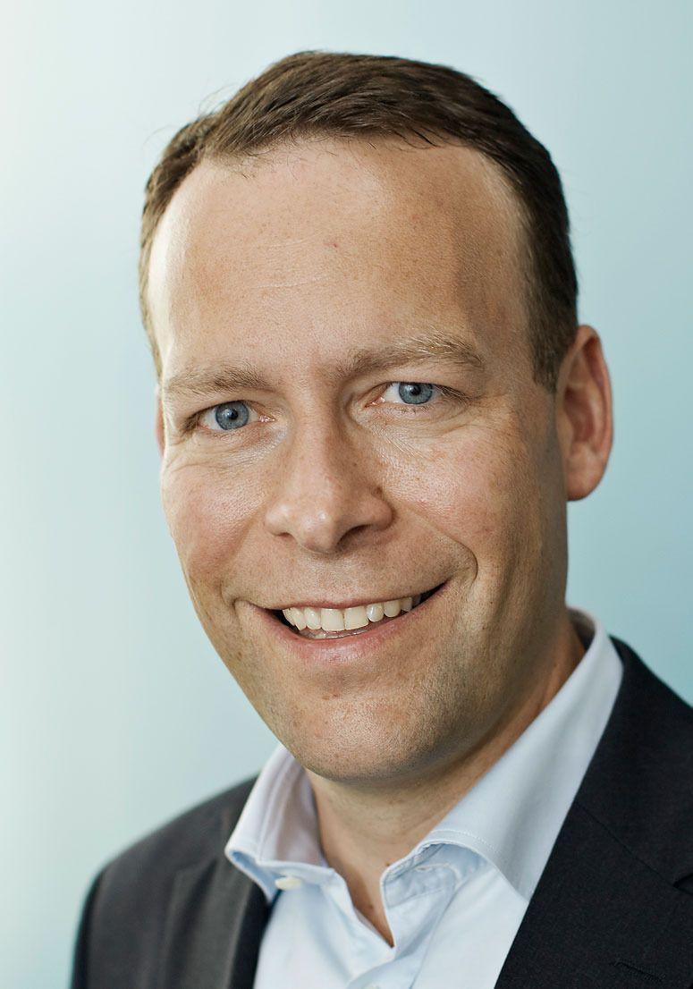Jaan Ivar Semlitsch er konsernsjef for Elkjøp Nordic. Han er svært godt fornøyd med utviklingen i Elkjøp Phonehouse.