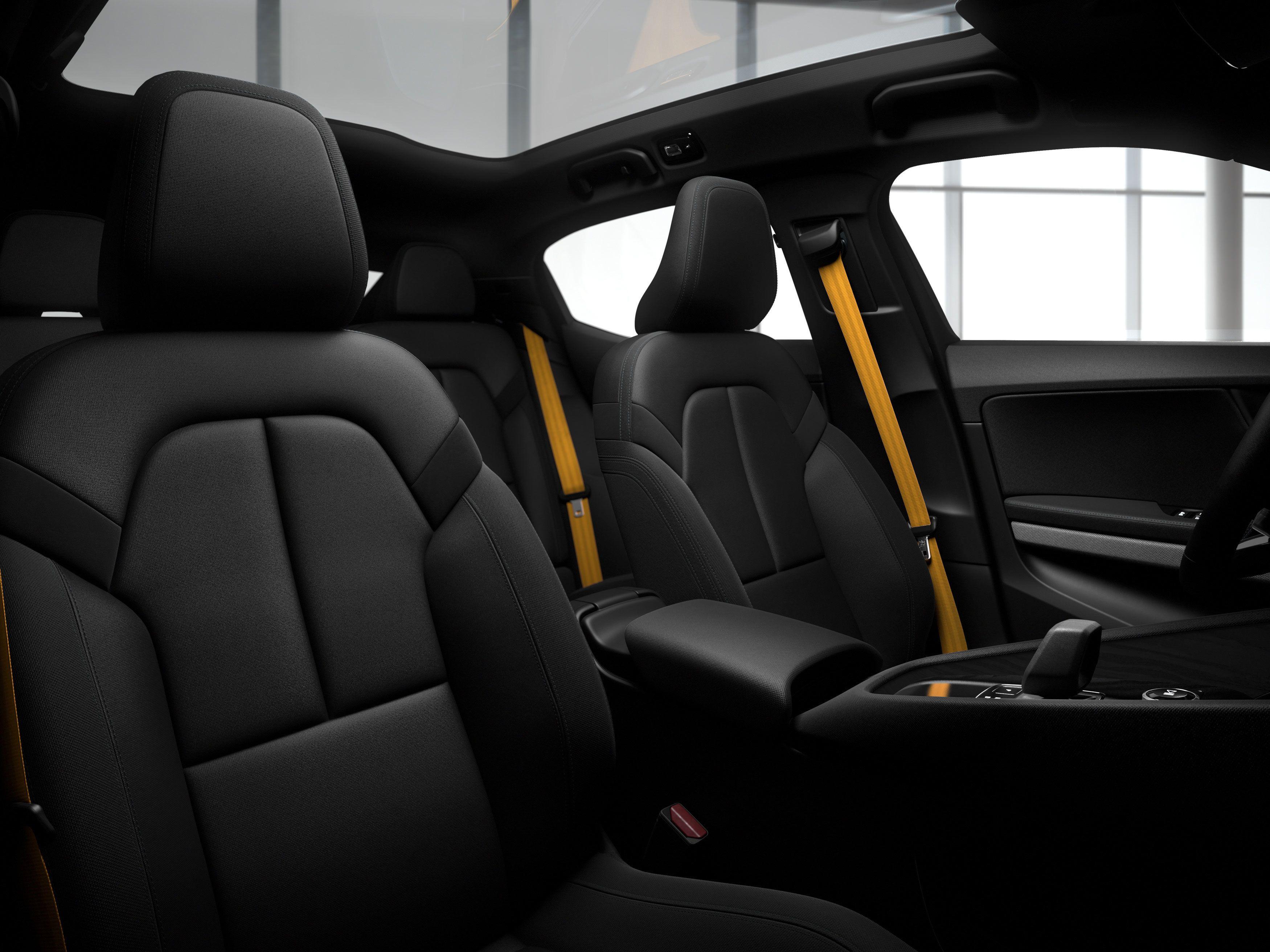 Innvendig er bilen helt fri for animalske produkter - i alle fall i standardversjonen.