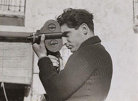 Bilde av Robert Capa fra den spanske borgerkrigen i 1937.Foto: Gerda Taro, Wikipedia