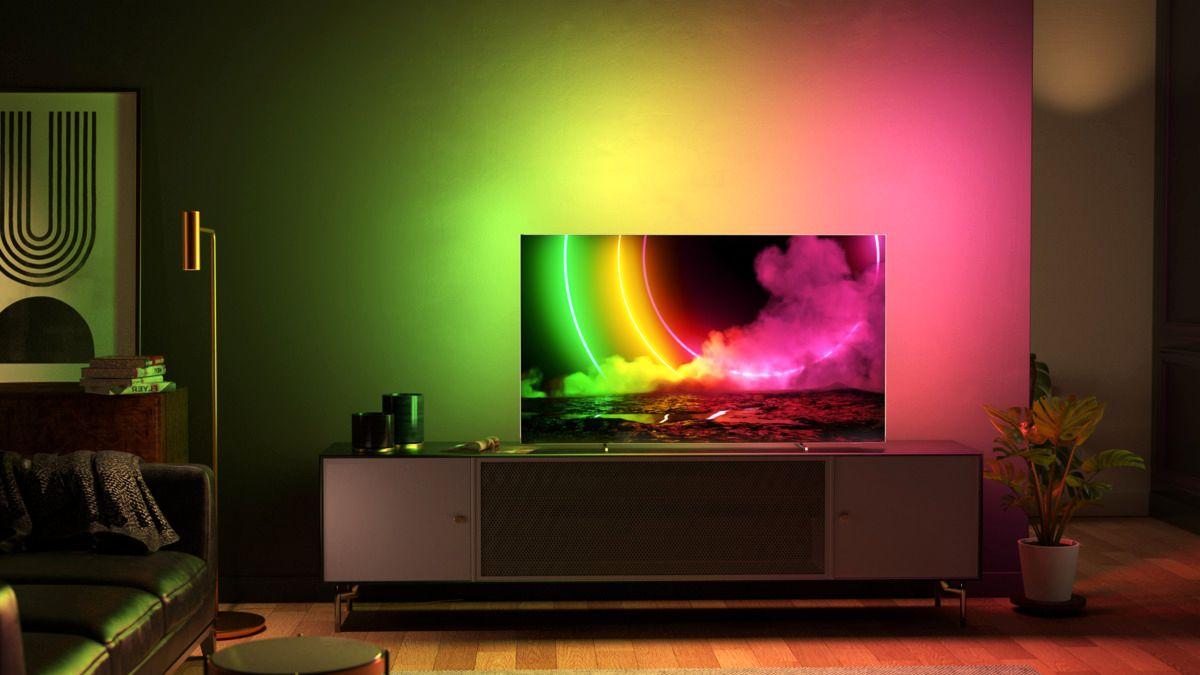 Ambilight kommer nå på alle fire sidene av TV-en på fem av de nye modellene til Philips.