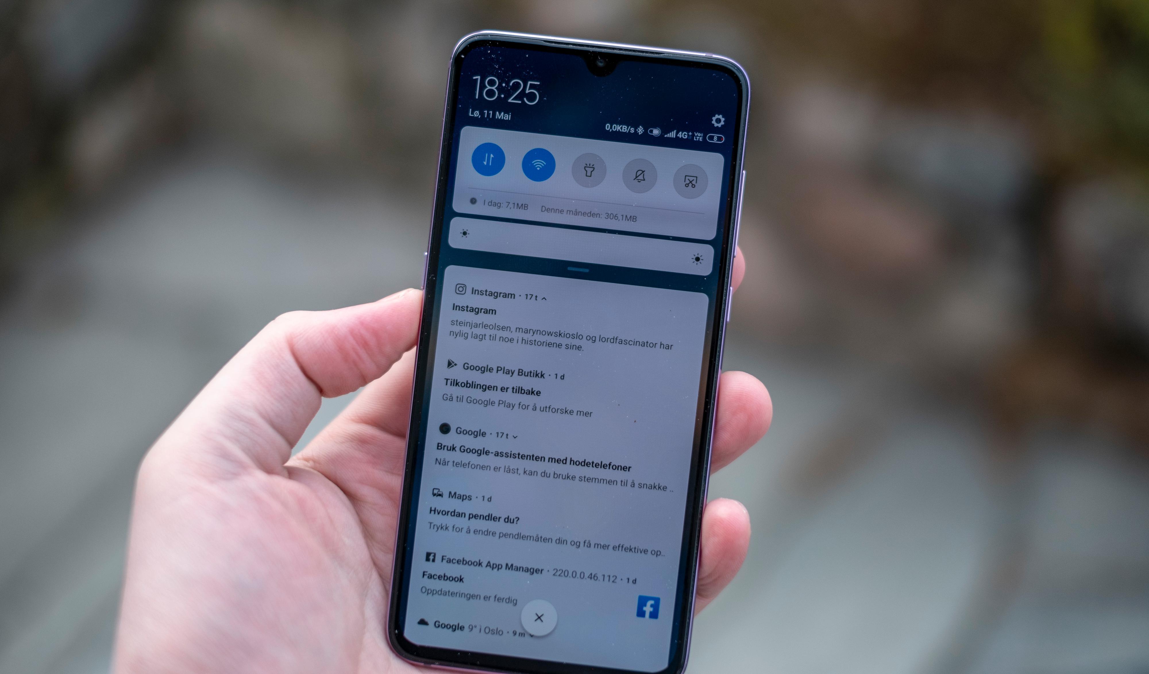 MIUI er lynende raskt og enkelt nok å finne frem i til vanlig. Men når Samsung drar fra med OneUI-menyene sine blir det tydelig at Xiaomis menyer hadde tålt en overhaling - spesielt om man ser til innstillingene.