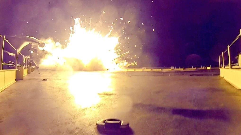 Oppdatert med video: Se den dramatiske SpaceX-krasjlandingen