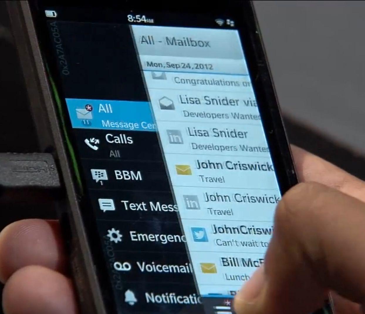 Akkurat som i nettbrettet BlackBerry PlayBook er det sveiping som gjelder i nye BlackBerry 10.