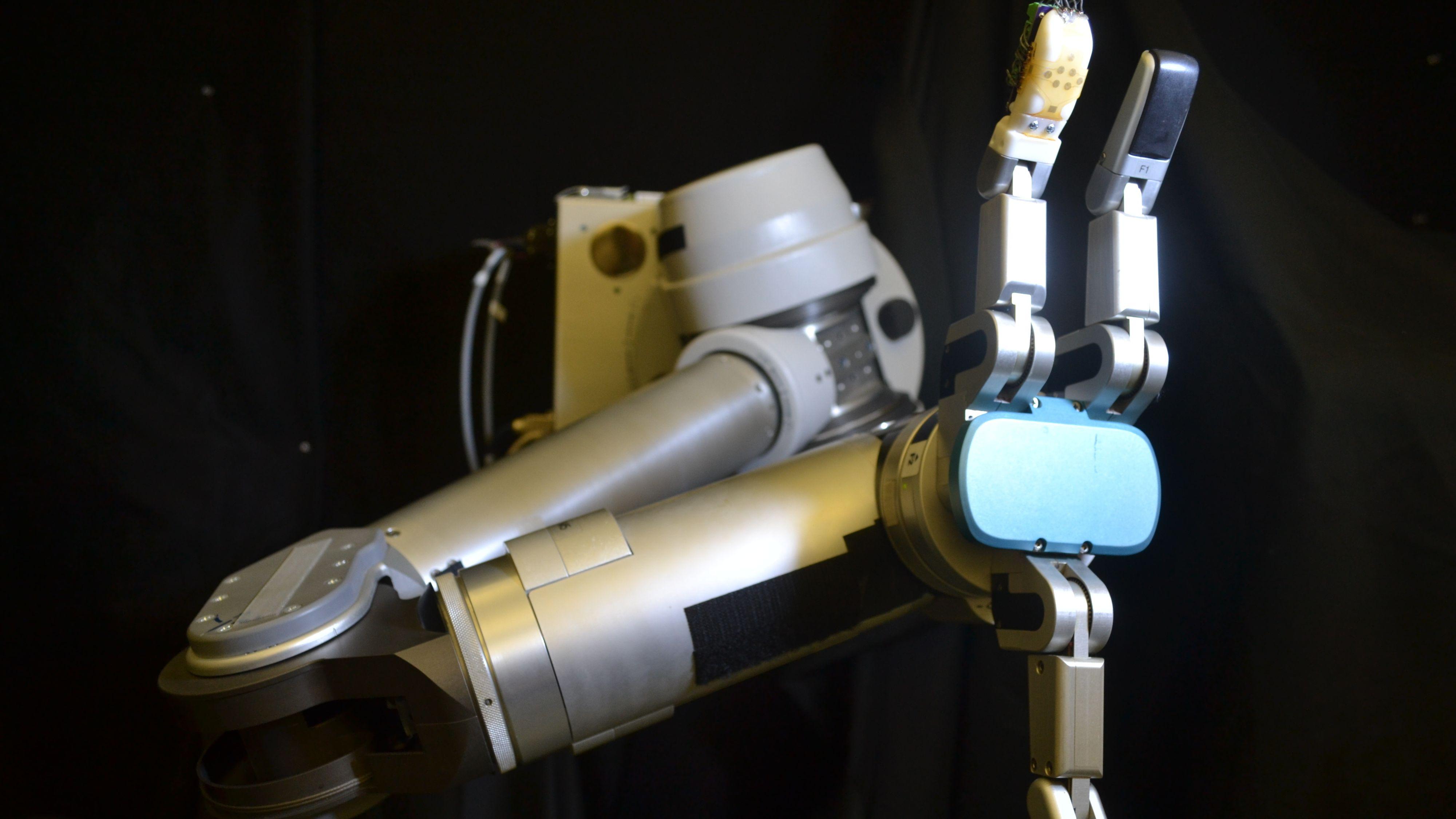 Forskere har laget robothud som kan «føle»