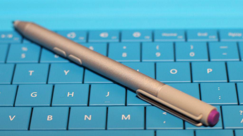 Pennen er ny. Den gir en skriveopplevelse som er nokså nær blyant og papir.Foto: Espen Irwing Swang, Amobil.no