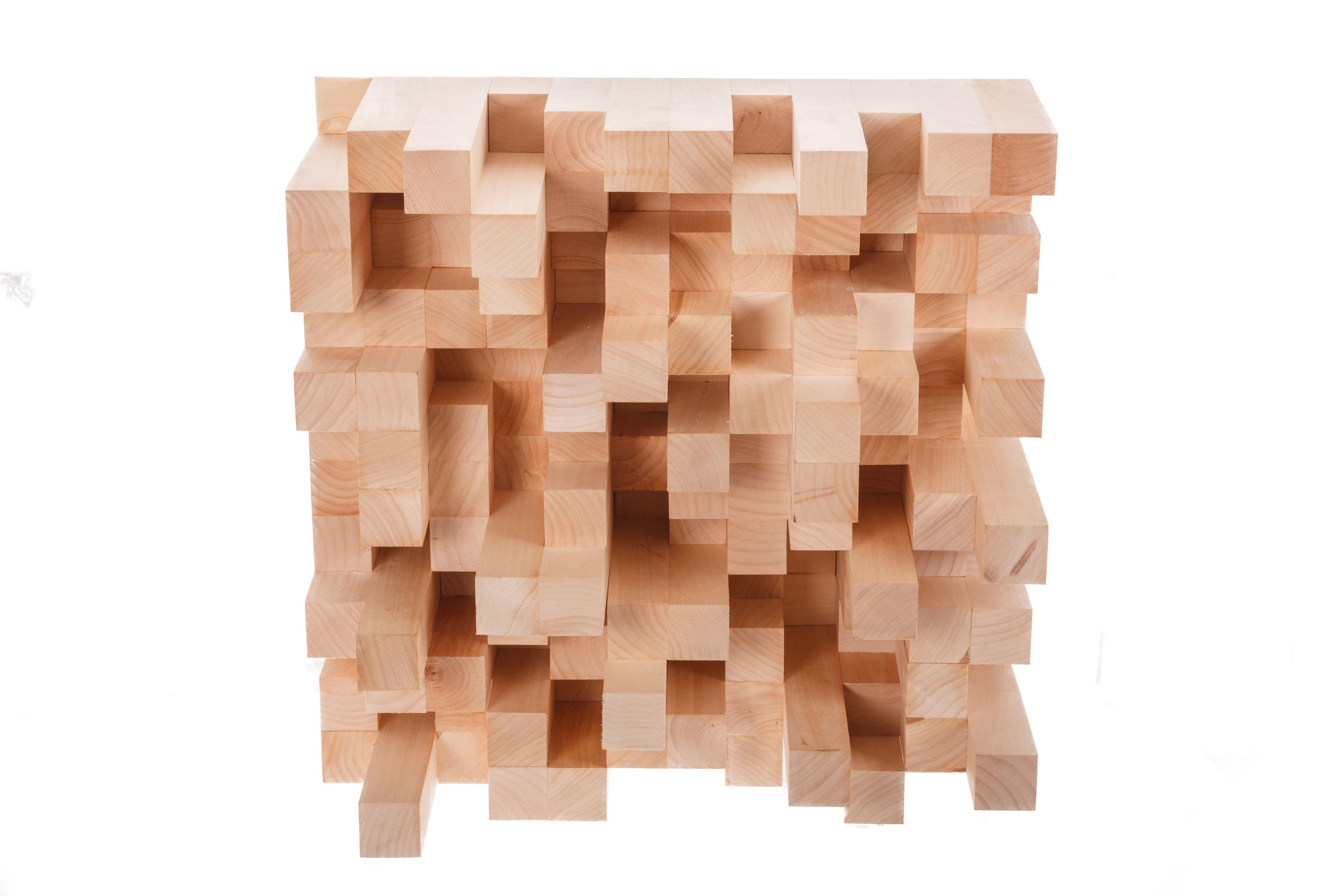 Treblokker på en plate fungerer til å bryte opp lyden.Foto: Shutterstock