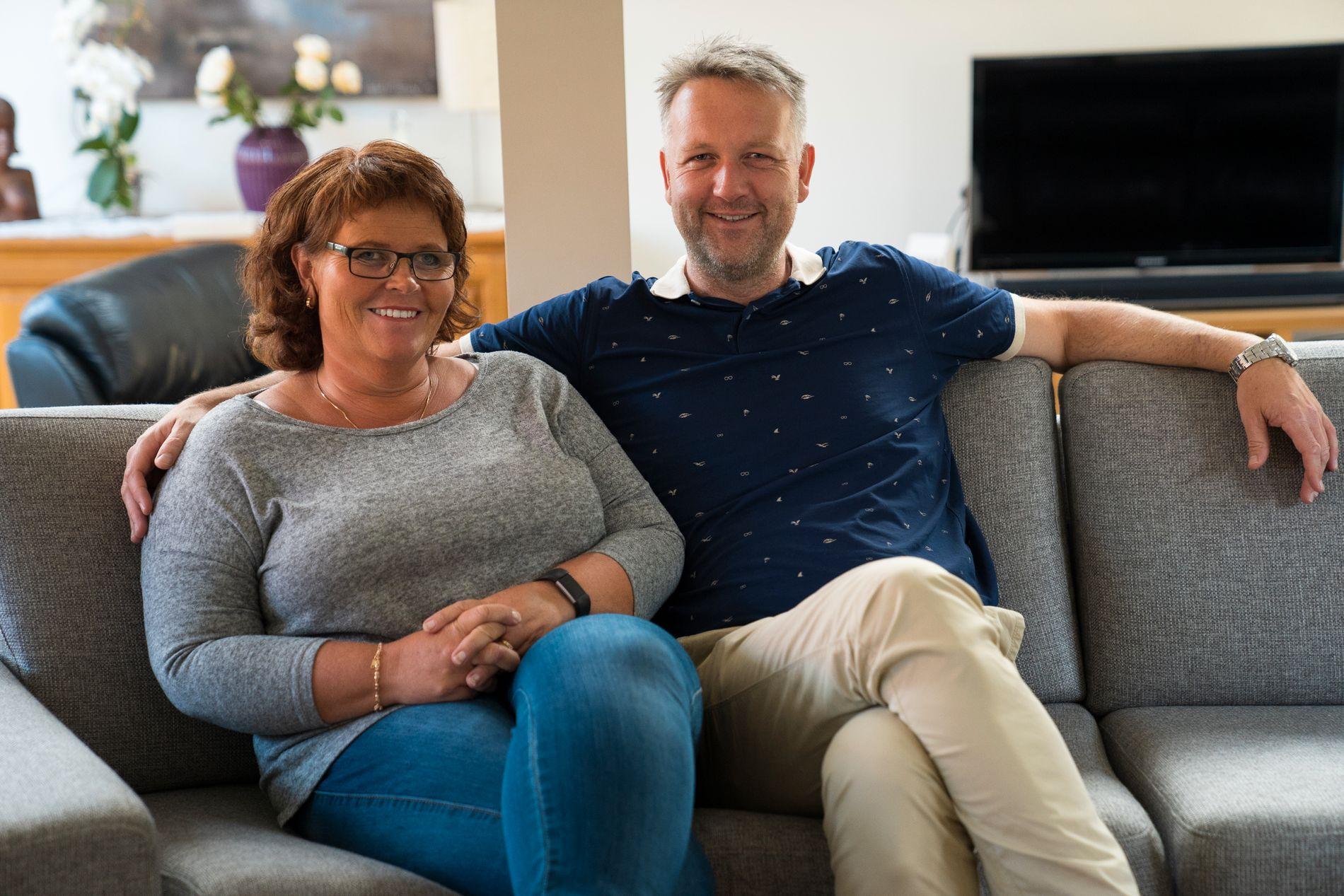 – Vi har vokst på å ha fosterbarn. Faktisk har vi fått et bedre liv av det, sier Atle, her sammen med sin kone Monica.