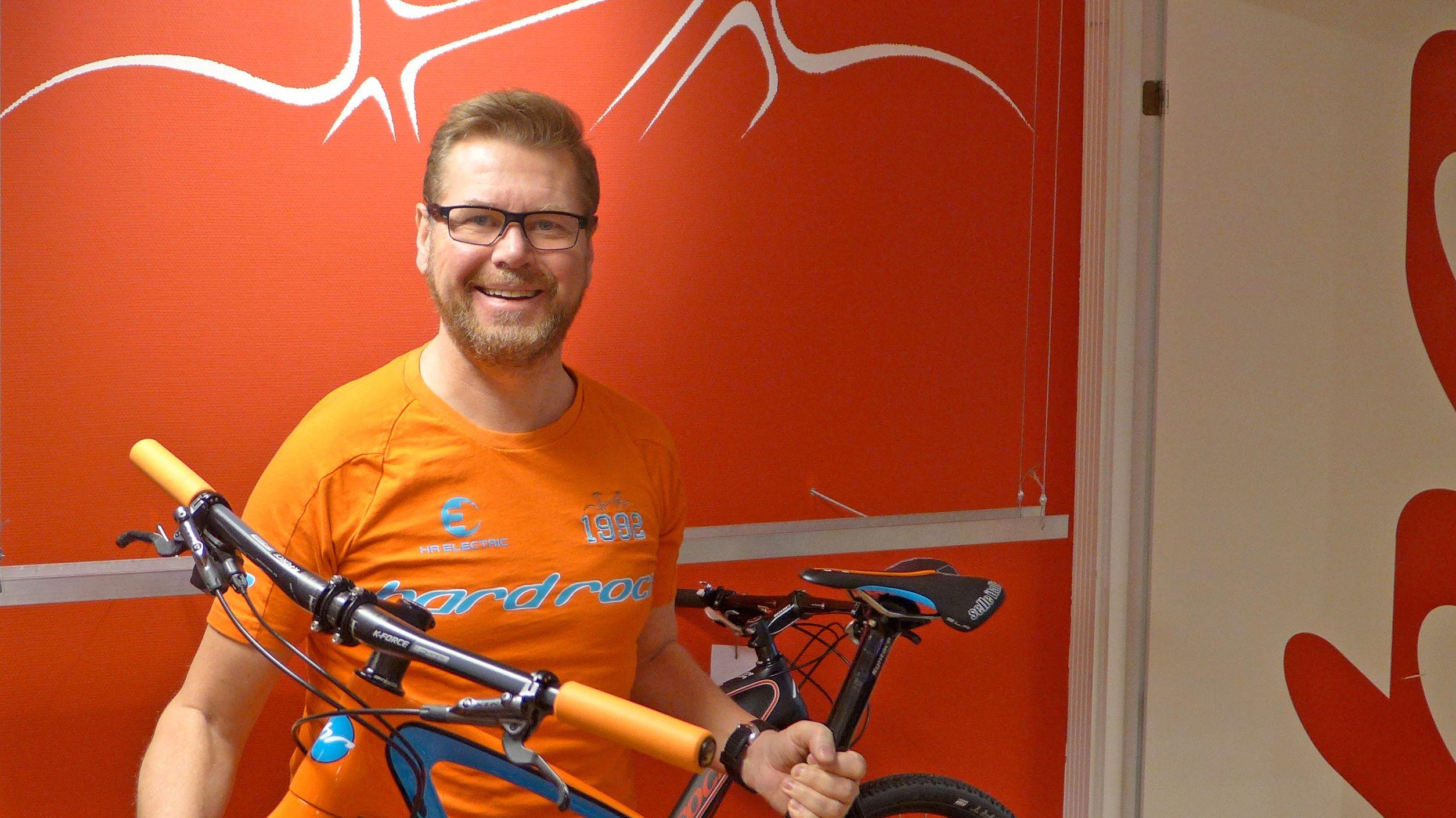 Steinar Trygve Liljedahl Karlsen hos norske Hard Rocx sier han aldri har sett maken til årets situasjon i sykkelbransjen.