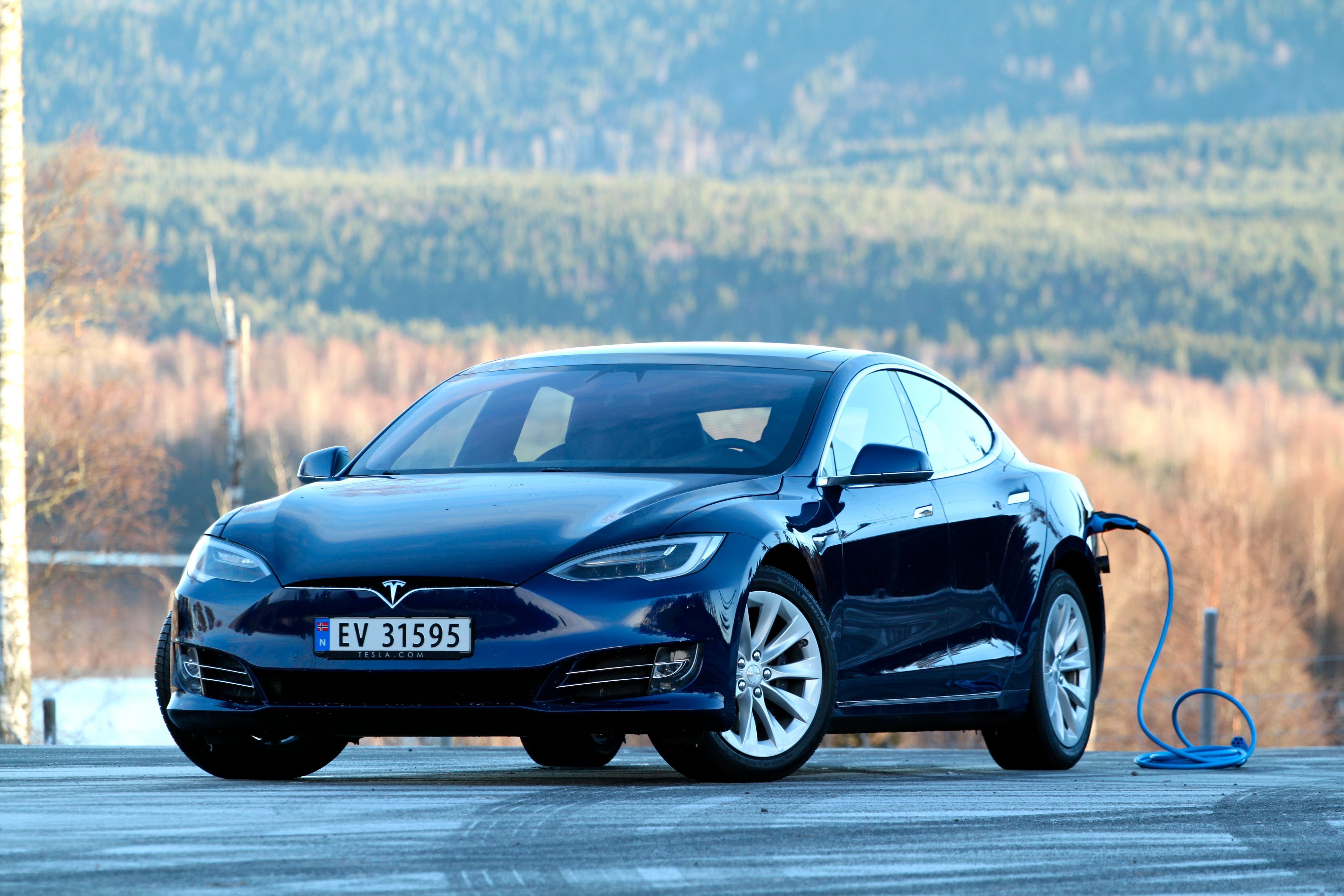 TESLA: Salget av dette merket gikk ned 16,4 prosent i oktober. Totalt har Tesla økt salget sitt med 158,5 prosent i 2019.