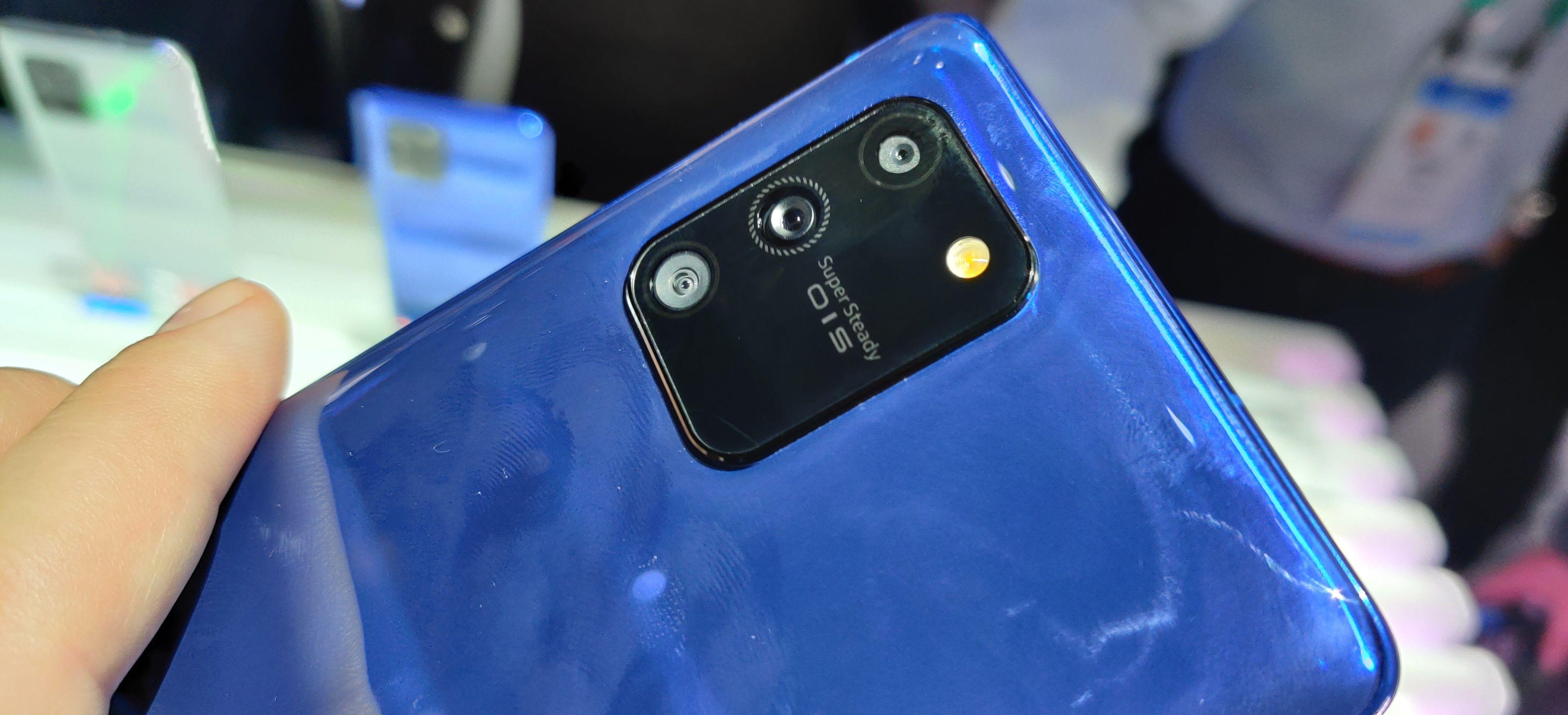 S10 Lite har et bedre hovedkamera enn Note 10 Lite.
