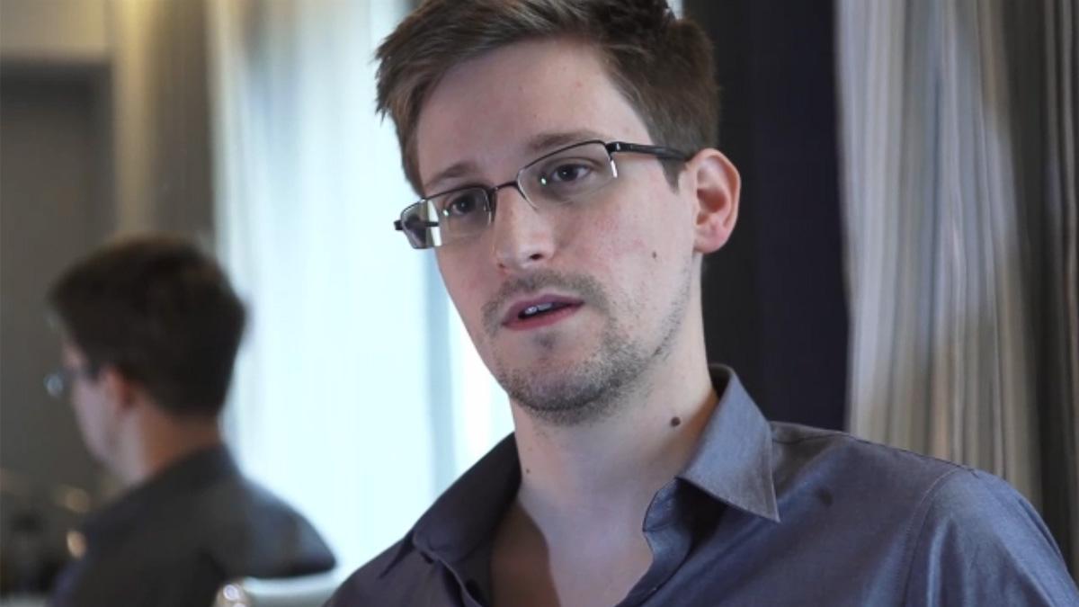 Edward Snowden fortsetter å gi myndighetene hodebry.Foto: The Guardian