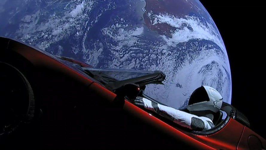 Nå har «Starman» flydd en runde rundt solen