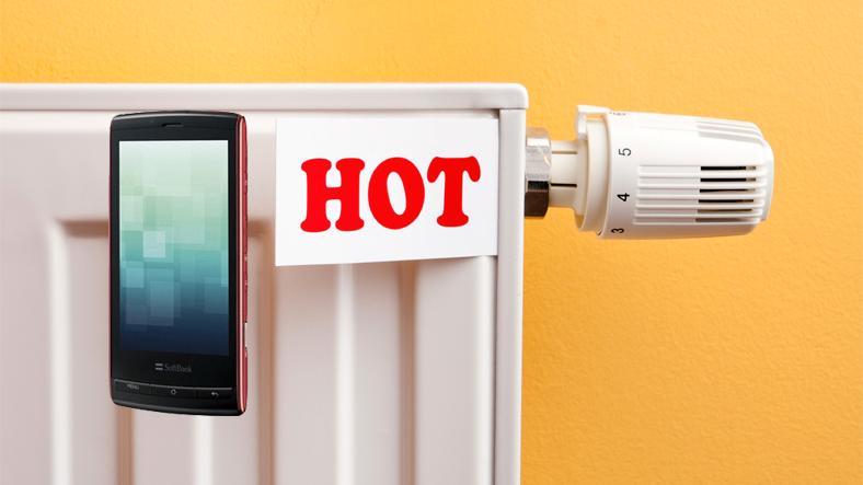 Derfor blir mobilen varm