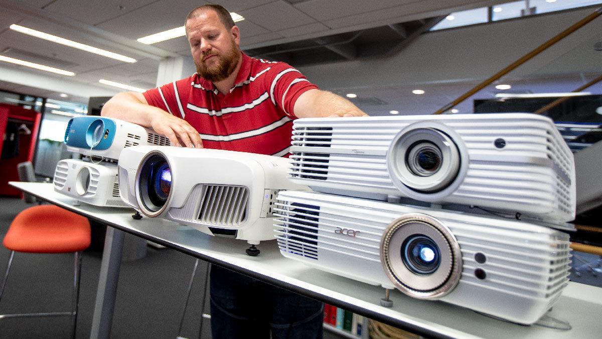 Projektorer til under 25 000 kroner