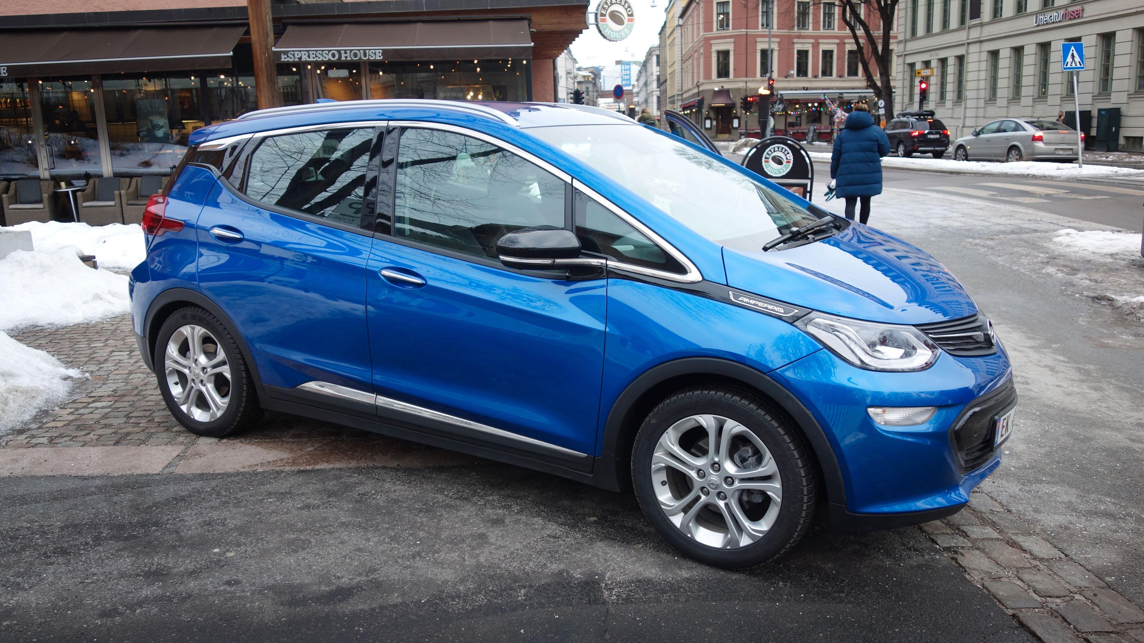 Opel starter opp igjen salget av Ampera-e