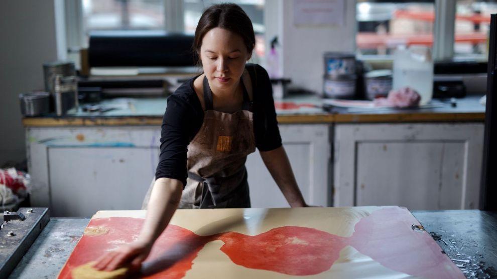 MELDTE SEG INN: Cathrine Liberg var lite kjent med arbeidet fagforeninger gjør i Norge før hun ble bedt om å være med på Finansforbundets «Kunsten å være norsk»-serie. Nå har hun meldt seg inn i en fagforening for kunstnere.