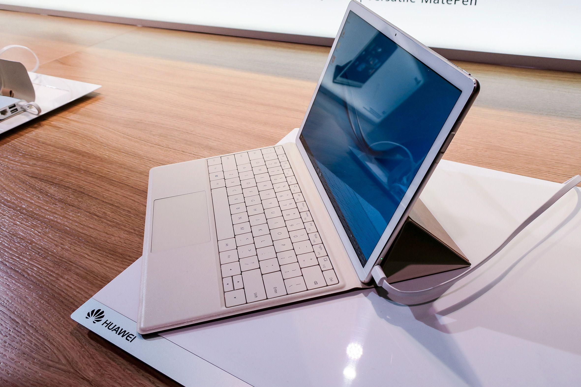 Tynn: MatBook er bare 6,9 mm tykt og veier skarve 64.0 gram. ORV