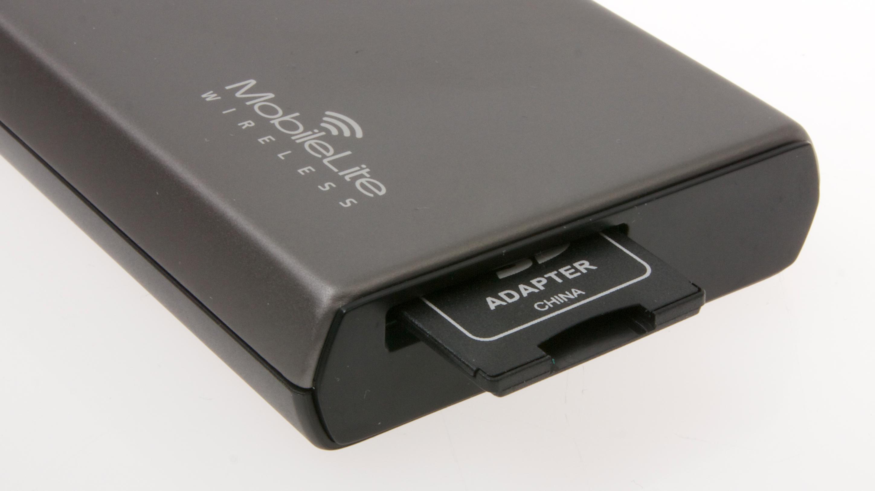 Det følger med en adapter fra MicroSD til SD.Foto: Kurt Lekanger, Amobil.no