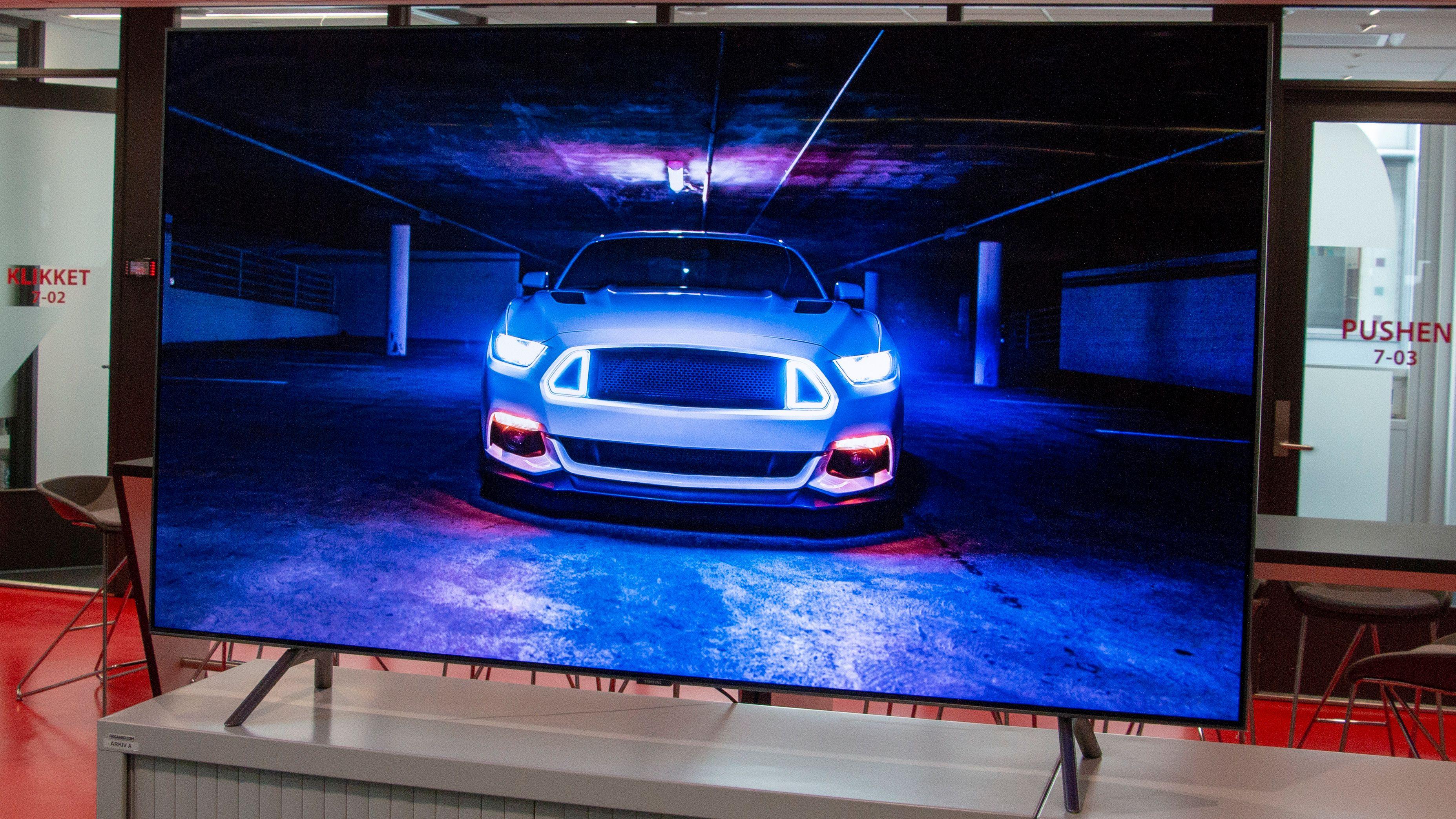 Samsung med Smart TV fjernkontroll Tek.no