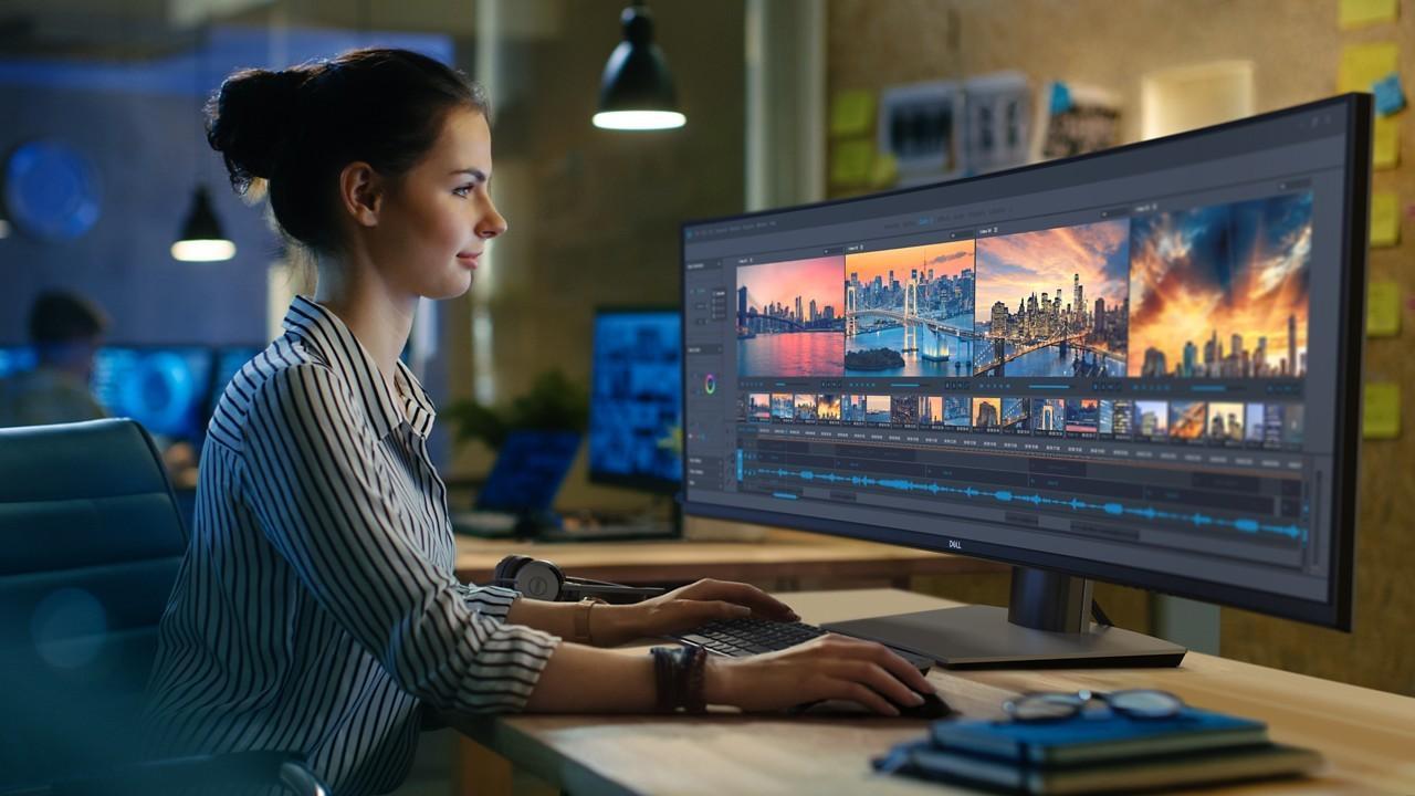 Dells gigantiske monitor er som to skjermer har smeltet sammen
