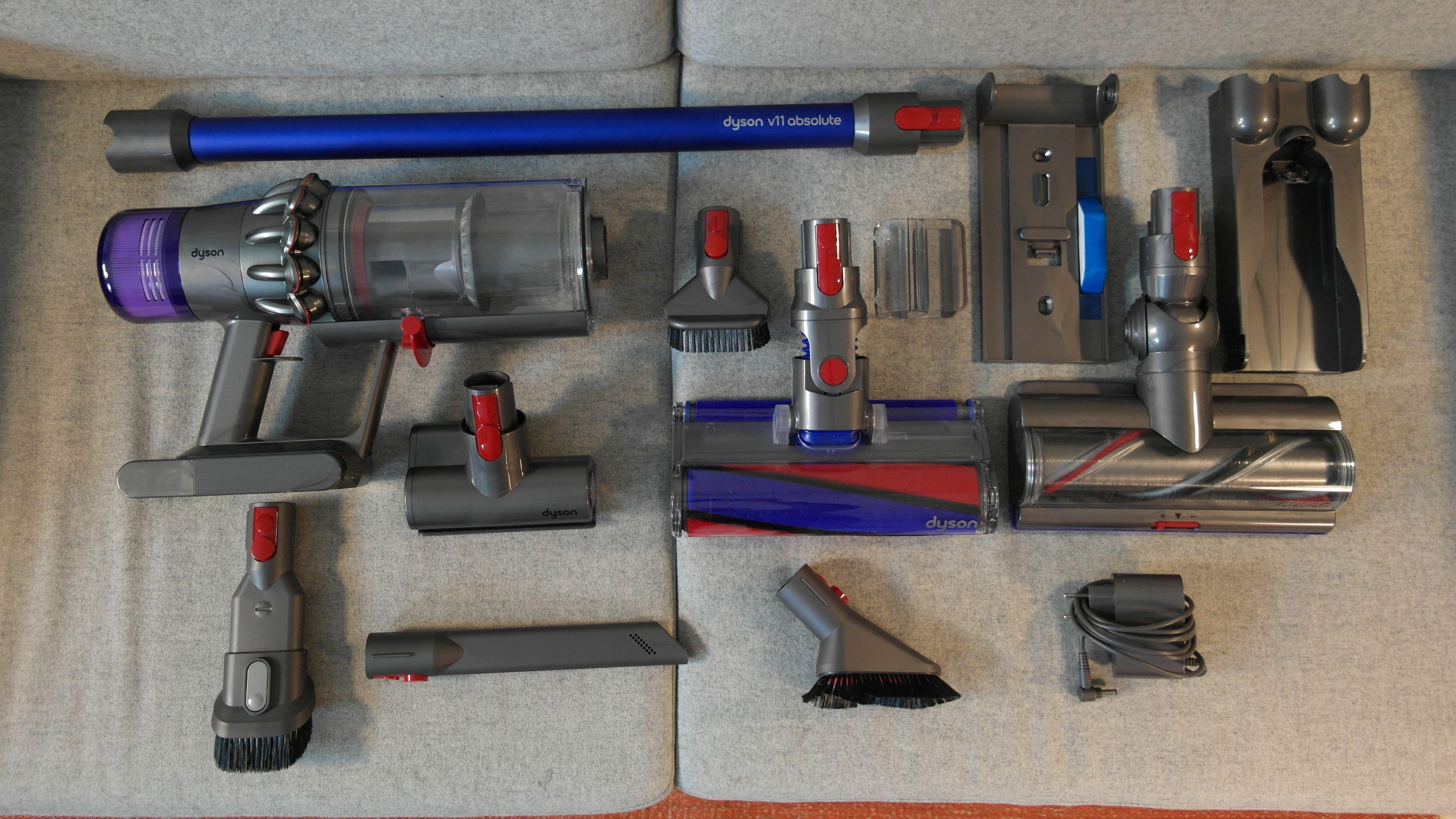 Ved kjøp av Dyson v11 får man med masser av tilleggsutstyr.