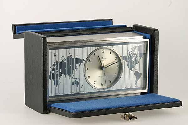 Teknologien i satellittmottakerne for navigasjon er den samme som i dette uret. Dette er det første europeiske Quartz-uret for forbrukere. Årstallet var 1967.