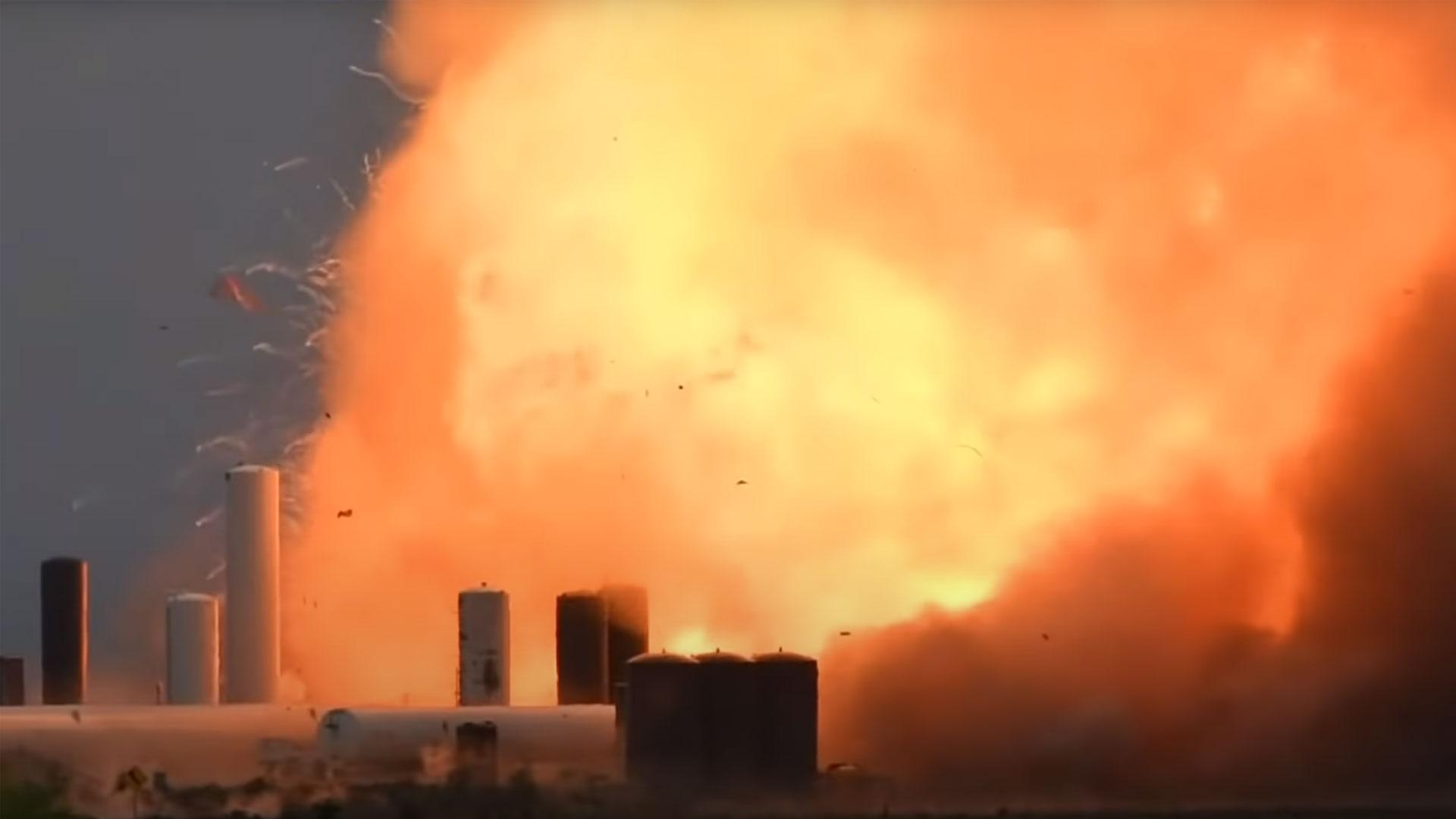 Her eksploderer SpaceX' prototype