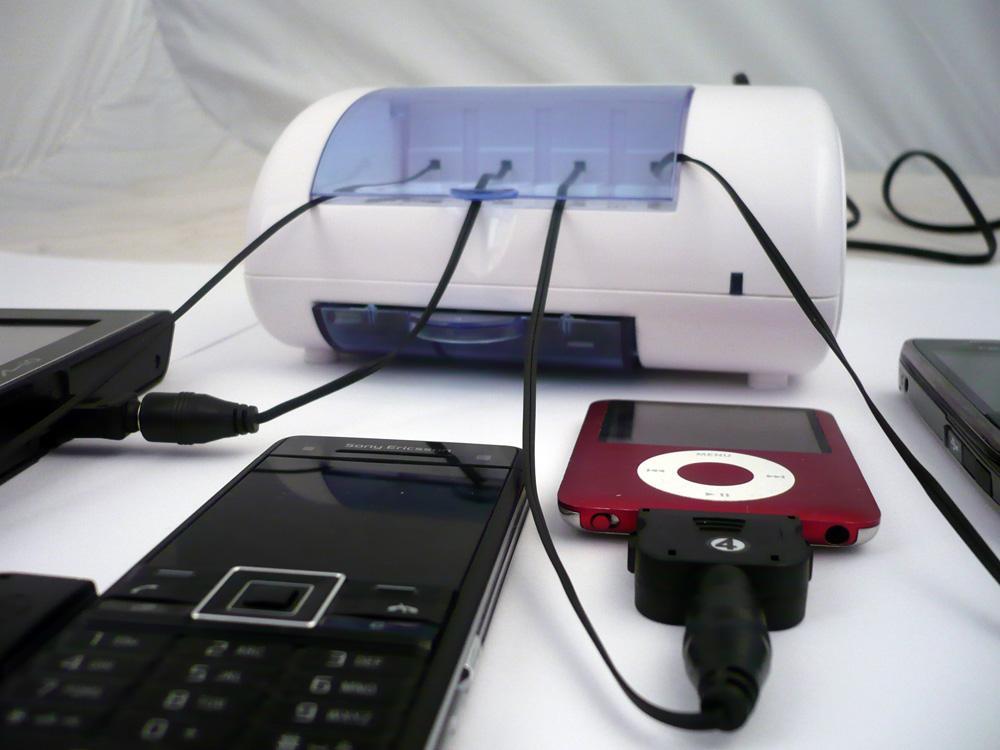 Multicharger lader det aller meste på én gang.