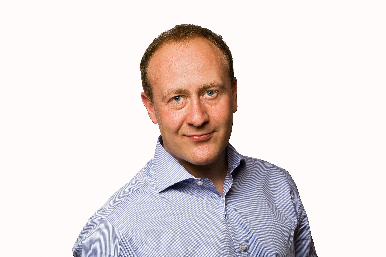 Kommunikasjonssjef i Netcom Øyvind Vederhus støtter politets råd om å begrense mobilbruken i helgen som var.