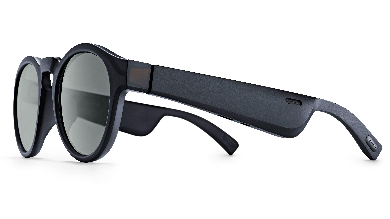 Brillene får ganske tjukke brillestenger som altså huser maskinvaren.