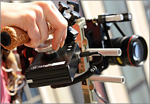 Følgefokus påmontert et speilreflekskamera