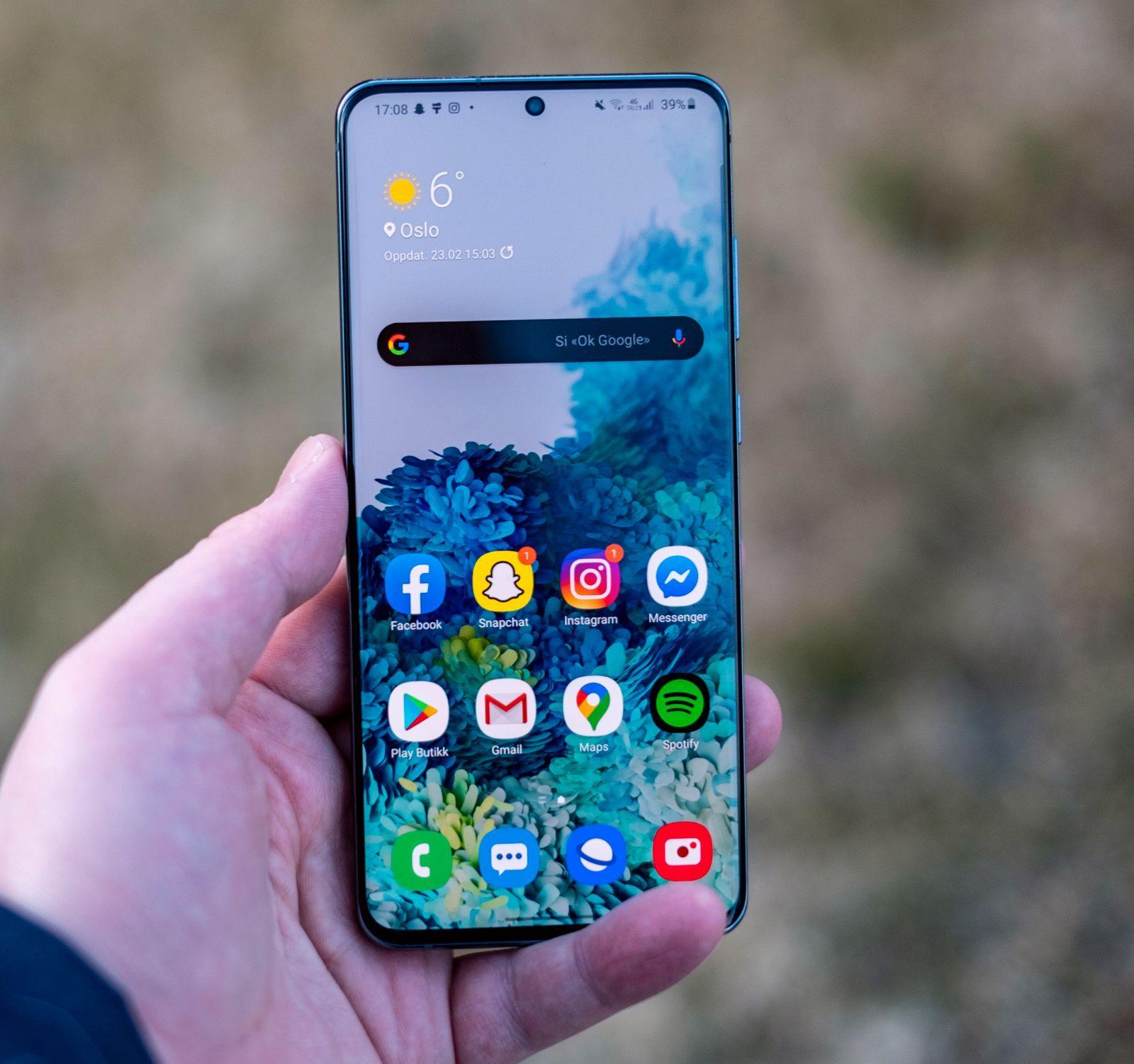 Mange toppmodeller, som Galaxy S20 Ultra, har hatt støtte for 120 Hz-skjerm. Nå kommer dette også til billigere telefoner.