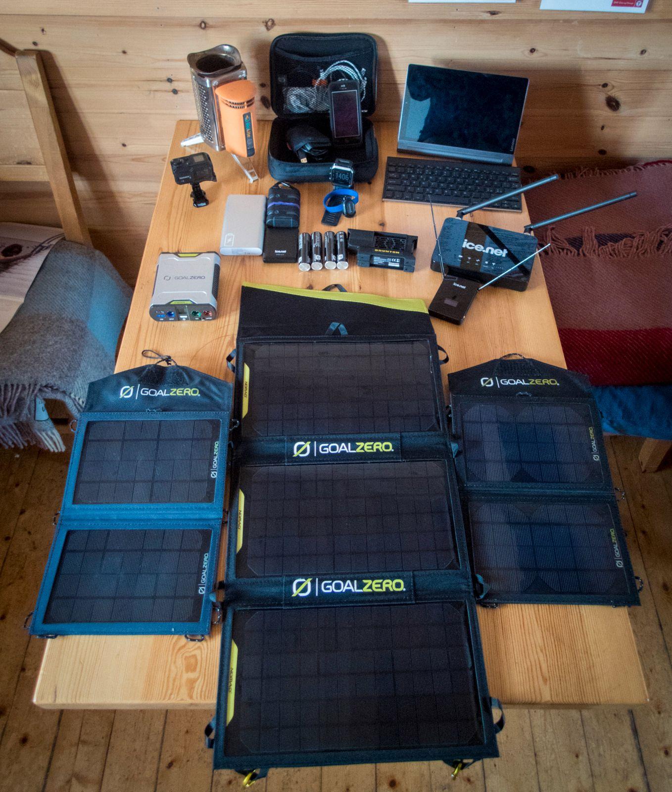 Det er mye utstyr som trenger strøm.