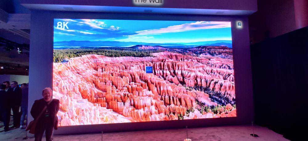 Samsungs Micro-LED-teknologi fås helt opp i 292 tommer.