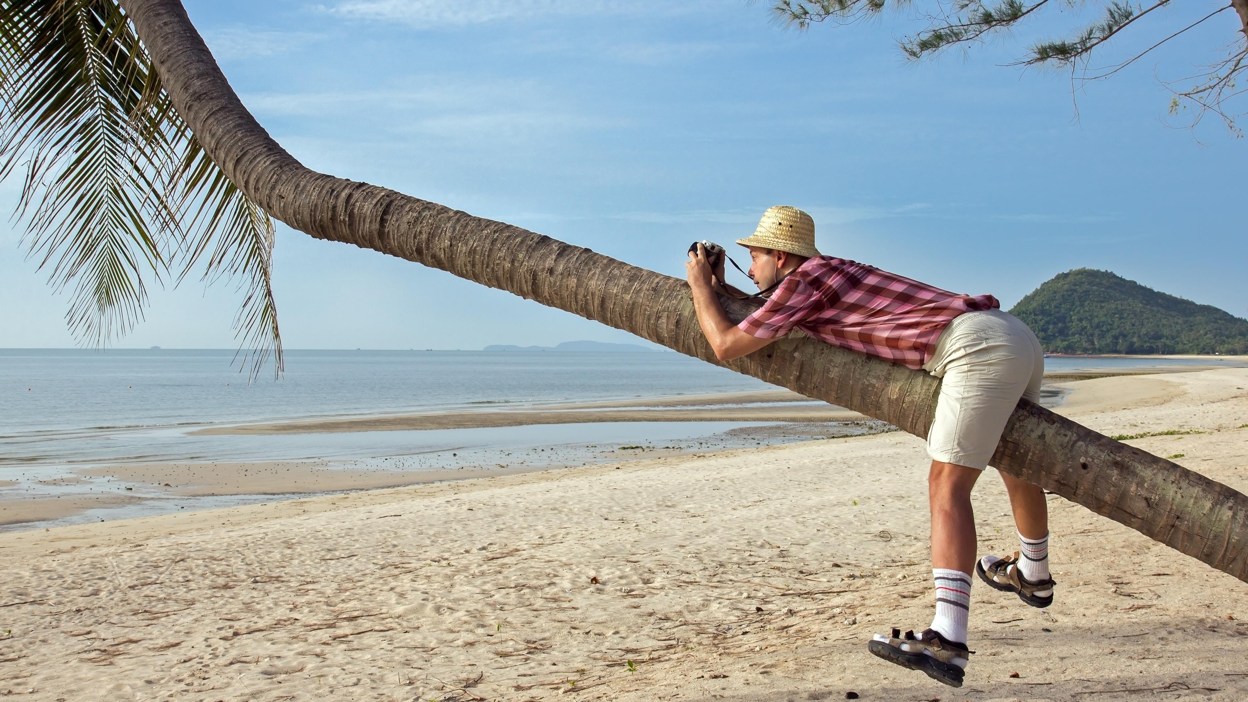 For mange «Vent litt, jeg skal bare...» tærer på tolmodigheten til resten av reisefølget.Foto: Shutterstock
