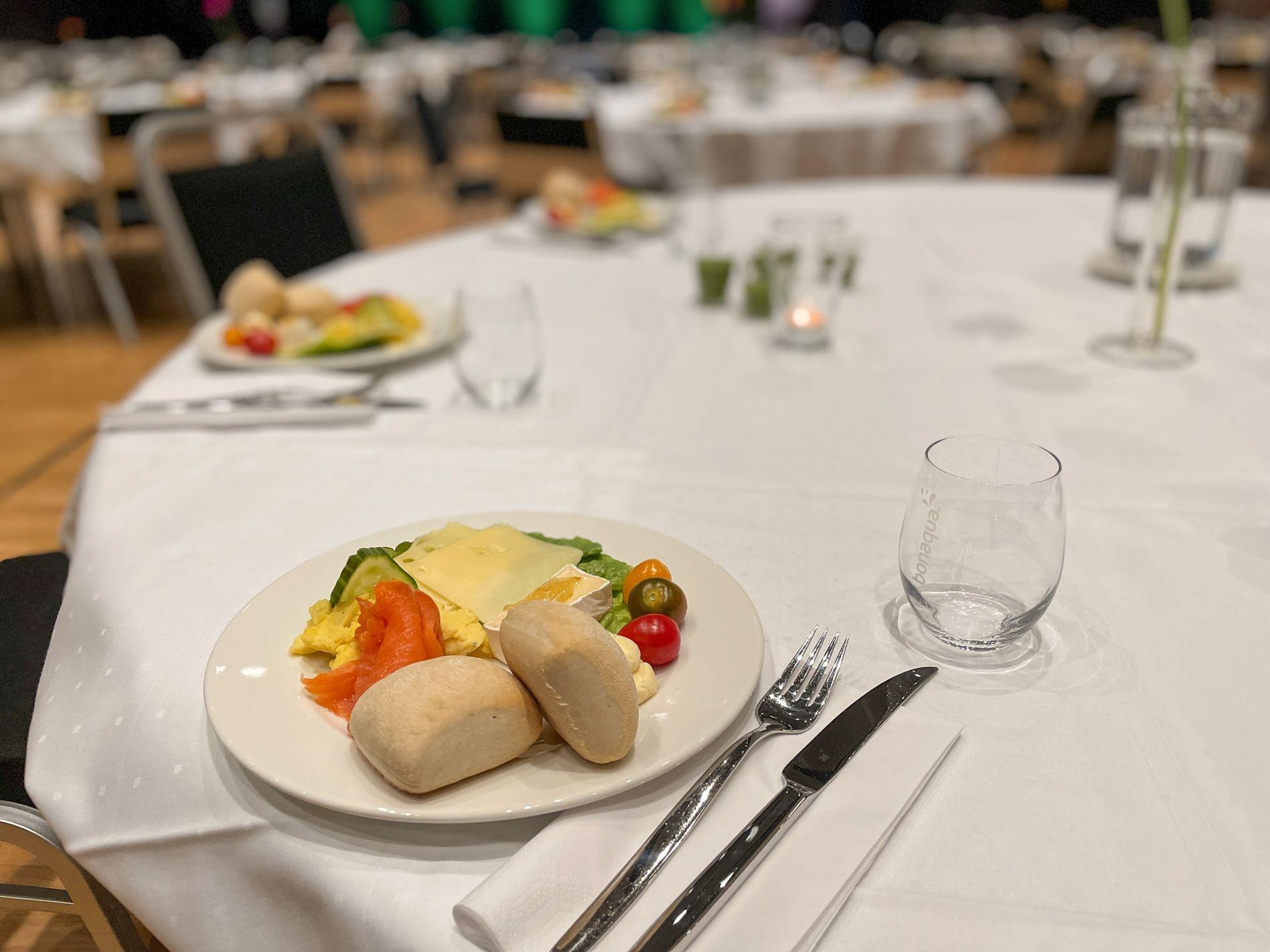 Maten som servers i Grieghallen er kortreist, økologisk og inneholder minimalt med kjøtt.