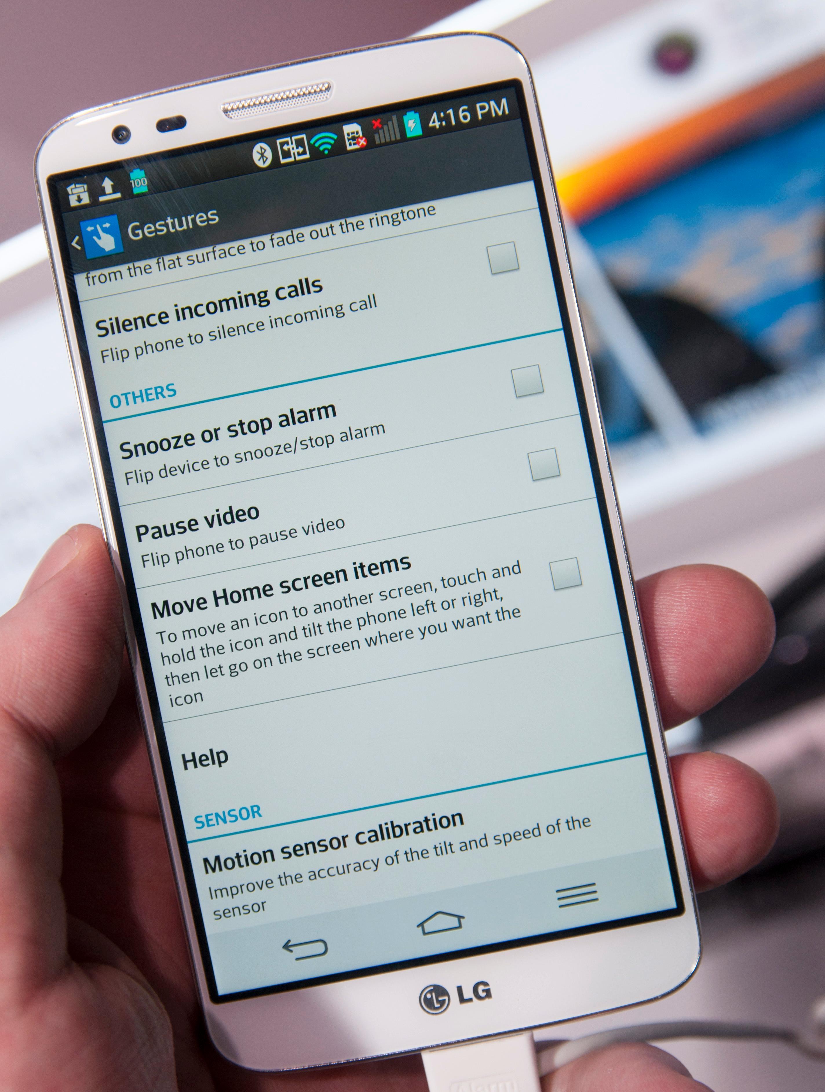 Produsentene av Android-telefoner stjeler funksjoner fra hverandre for tiden, og LG G2 har mange funksjoner vi har sett før, både fra LG og andre.Foto: Finn Jarle Kvalheim, Amobil.no