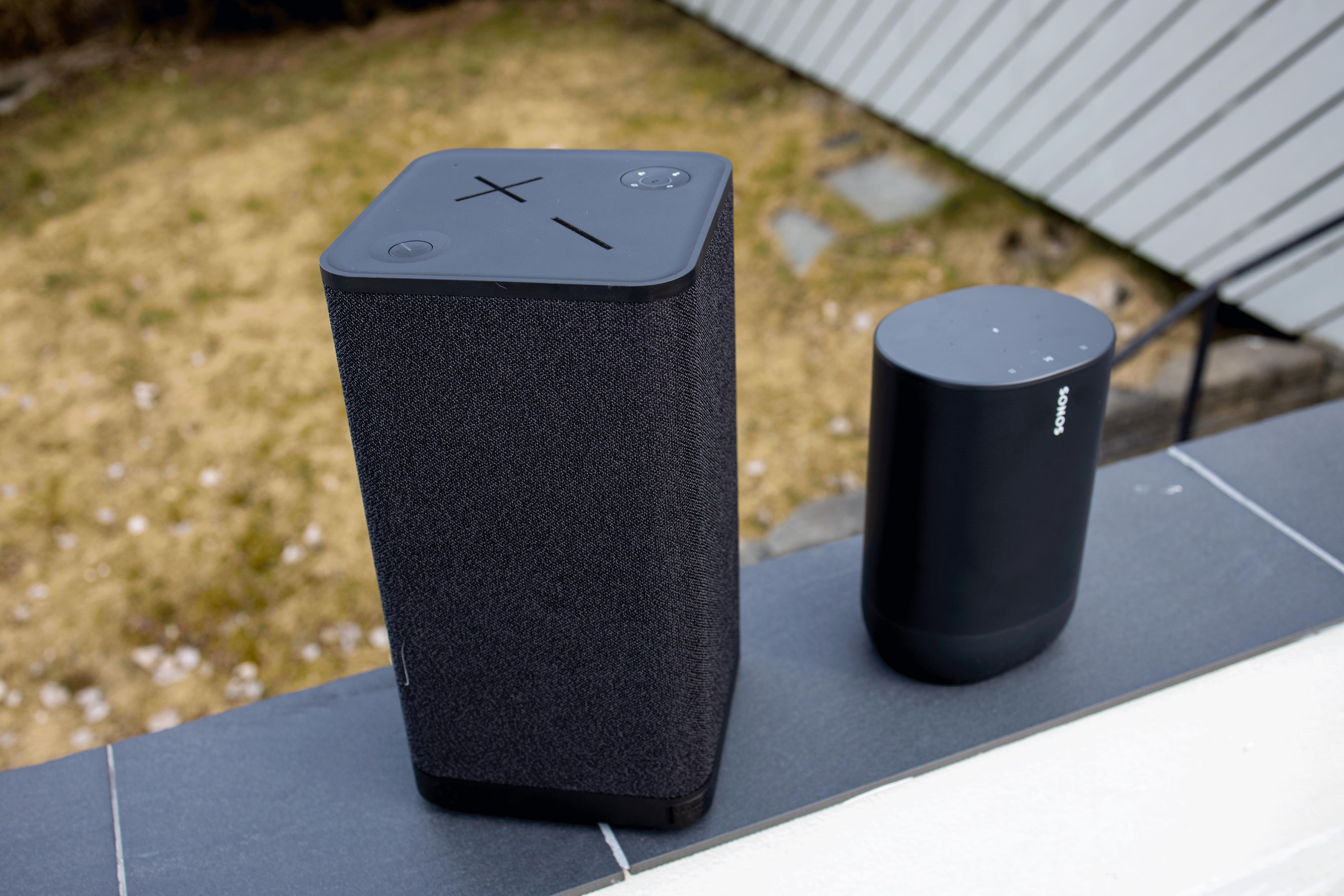 Hyperboom er betydelig større enn Sonos Move.