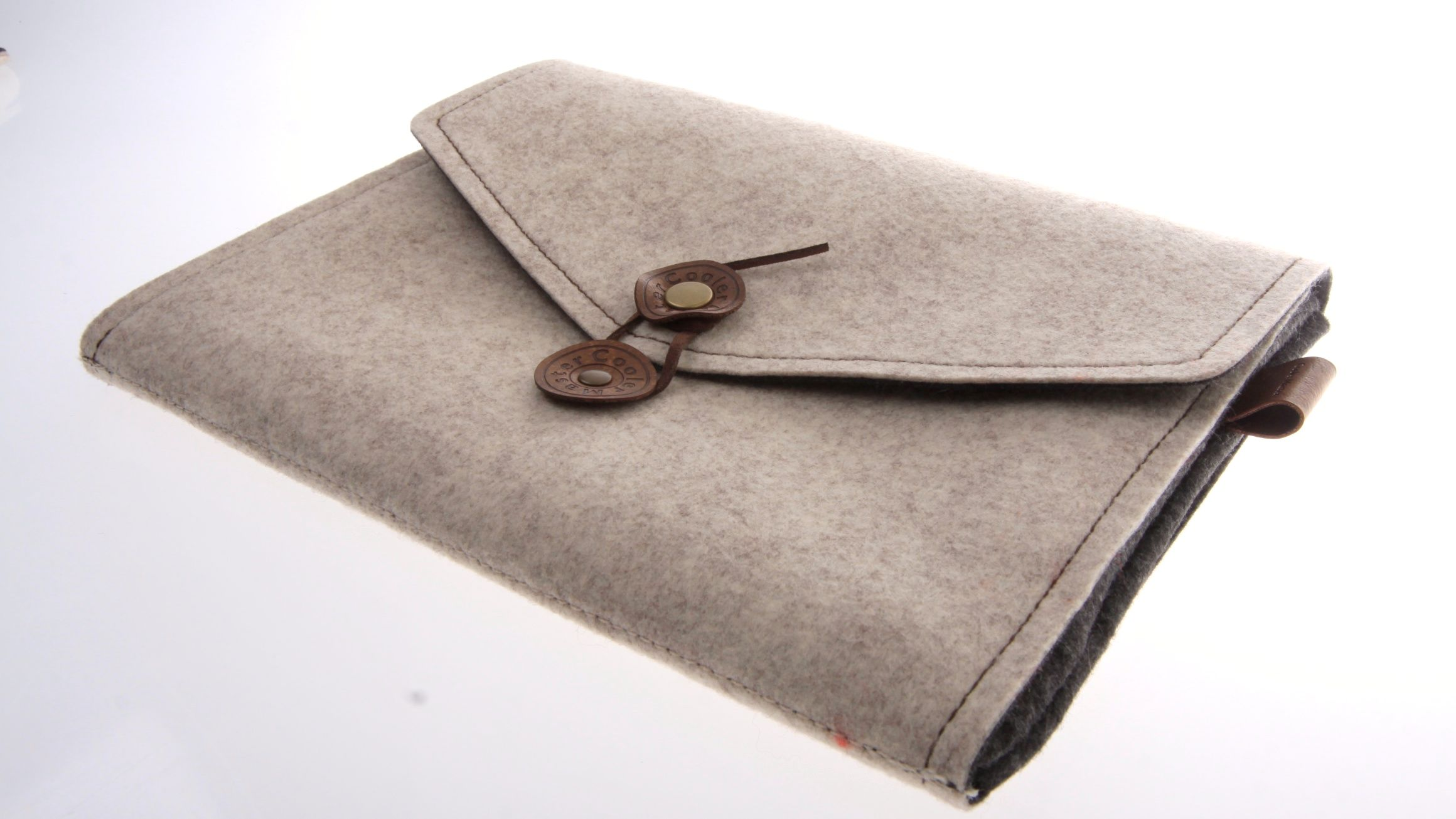 Coolermaster Cormo Sleeve beskytter iPad-en.Foto: Kurt Lekanger, Amobil.no