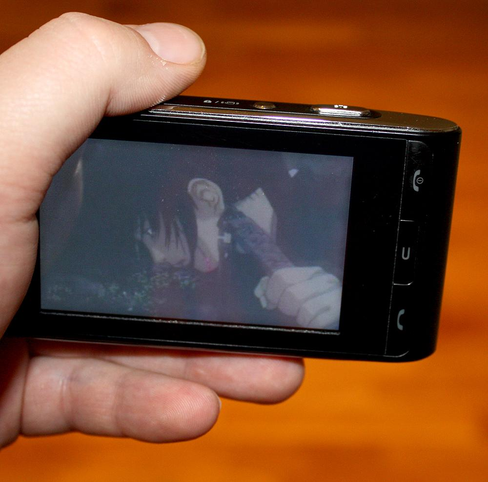 LG KU990 er en telefon som støtter Divx.