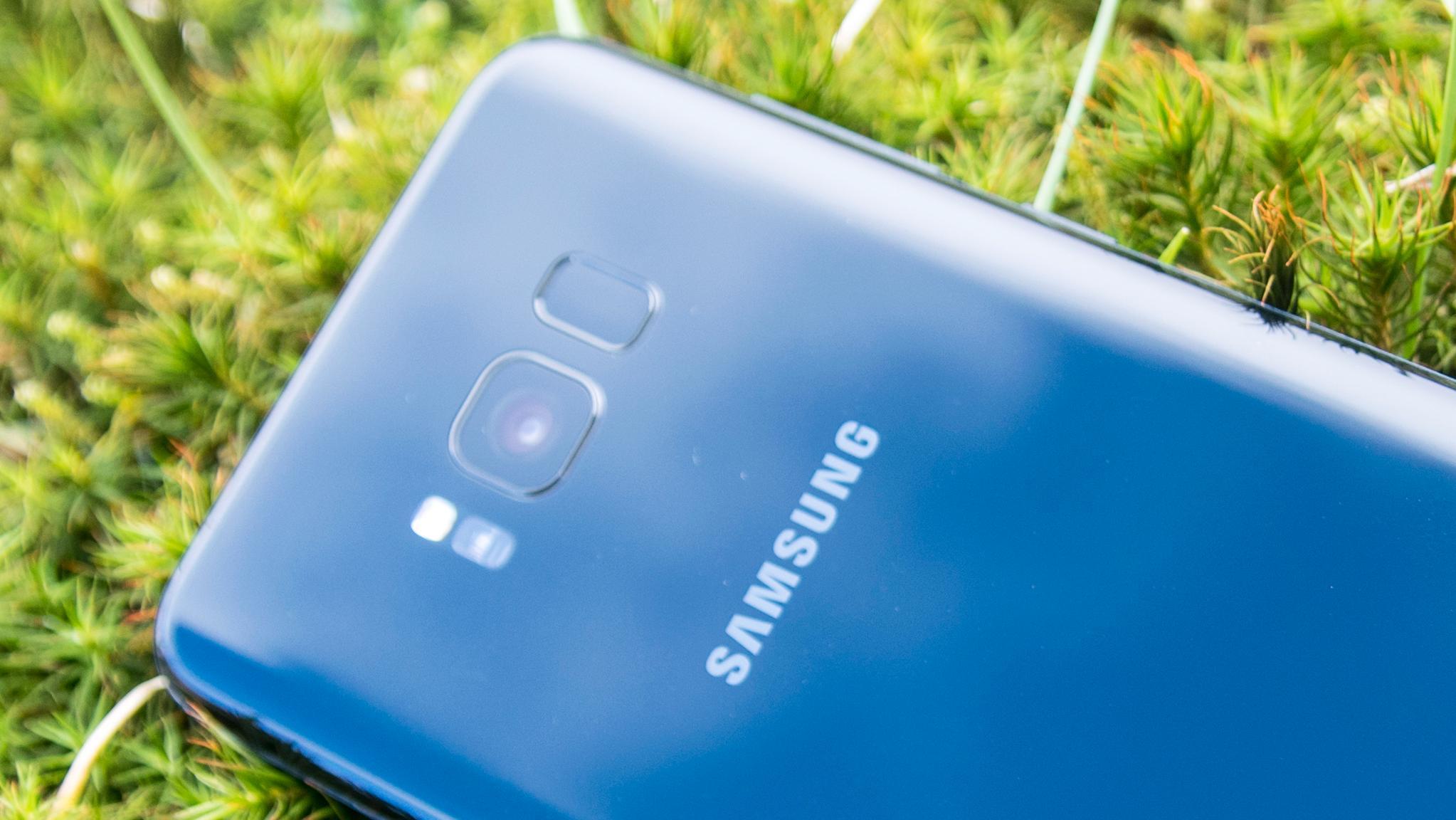 Plasseringen av fingeravtrykksleseren ved siden av kameraet var en av de få tingene vi ikke likte med Samsung Galaxy S8.