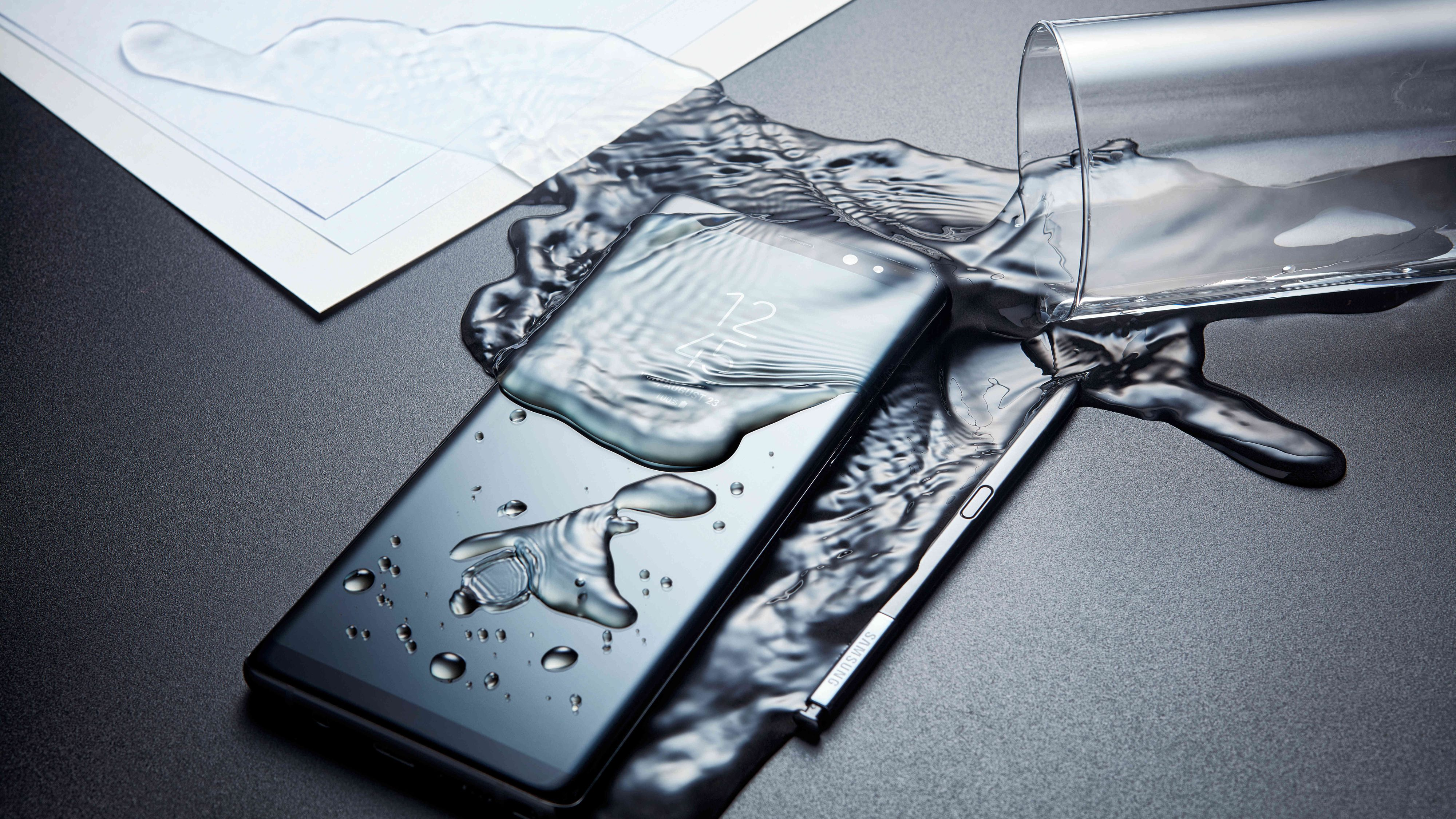 Saksøker Samsung for påstand om vanntette mobiler