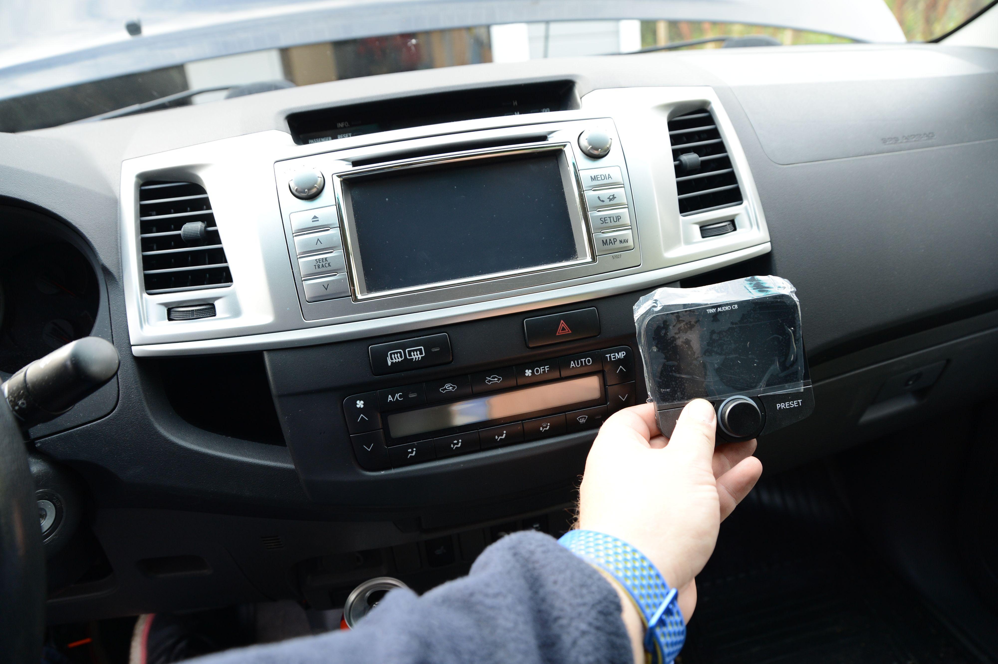Bruk tid på å finne riktig plassering på adapteren før det braker.