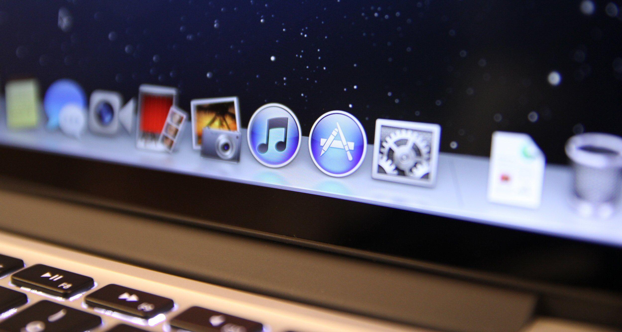 Vi pakker opp MacBook Pro med Retina-skjerm
