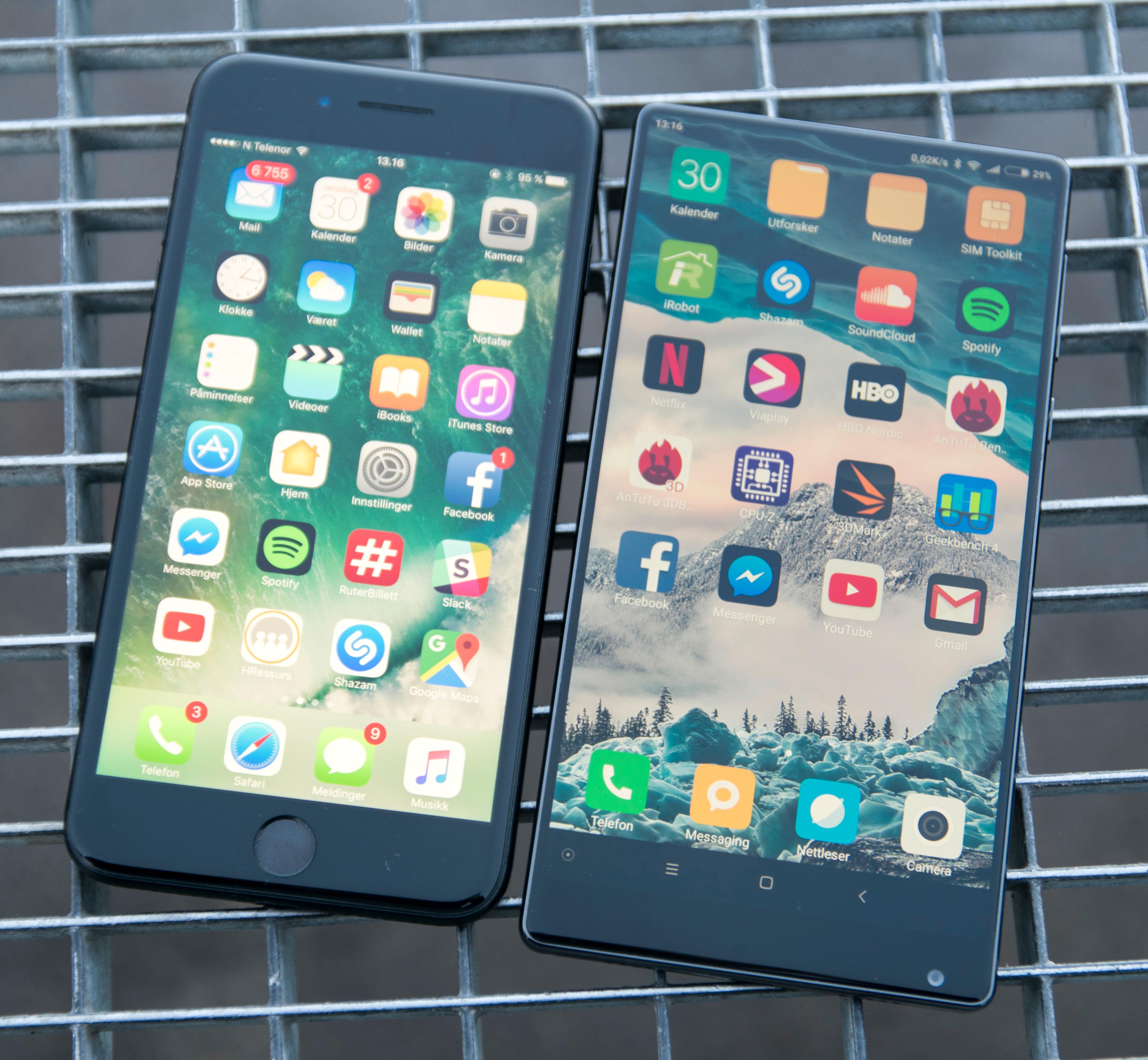 Klarer du å holde en iPhone Plus klarer du å holde Mi Mix også. Skjermen er vesentlig større, men et raskt sveip kan krympe skjermbildet ned til størrelsen tomlene dine foretrekker.