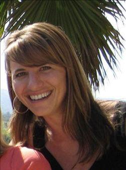 Carmella Lyman er villig til å ofre håret dersom Microsoft gjør det bra i jula.