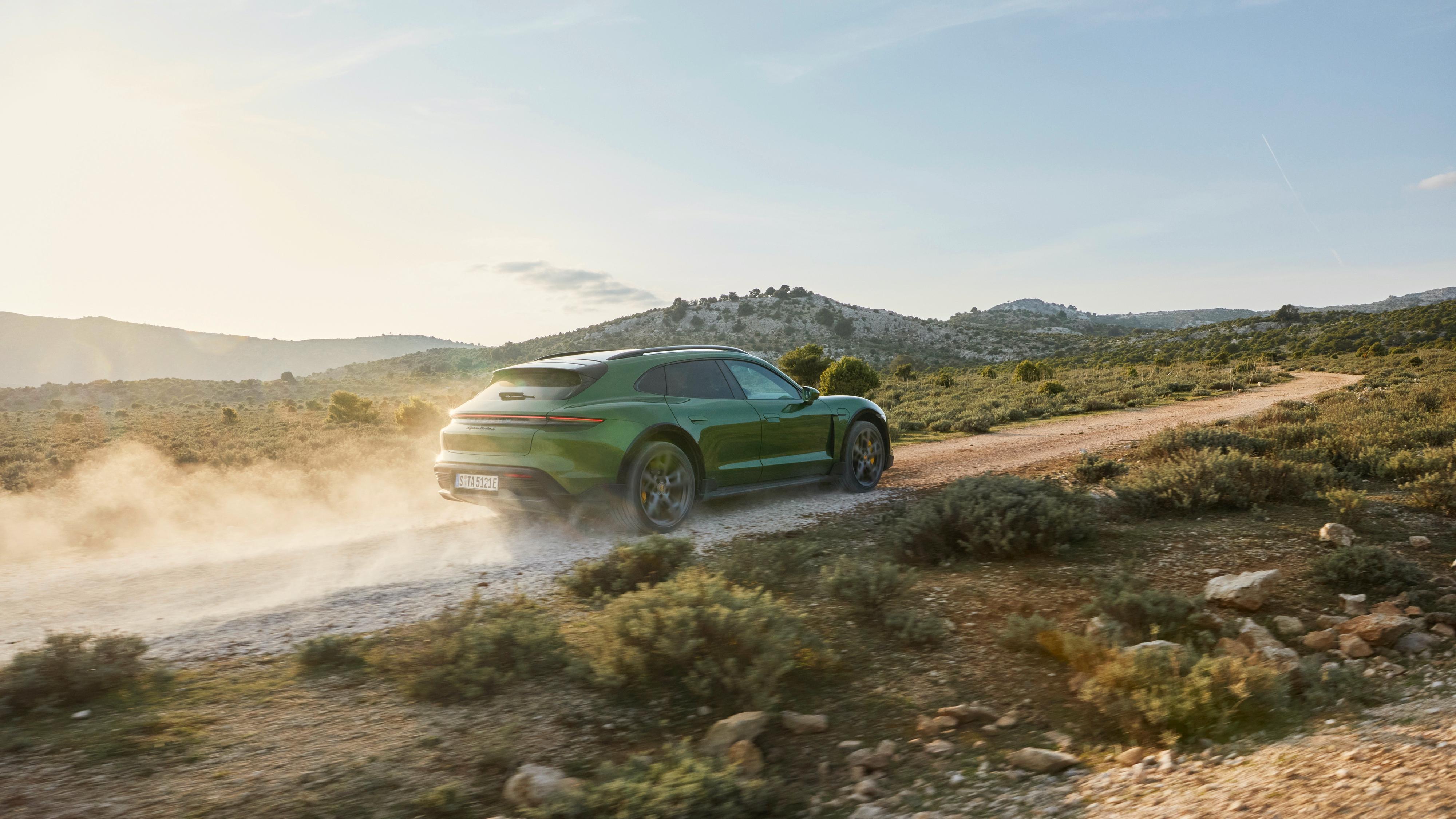 Porsche har lansert større Taycan