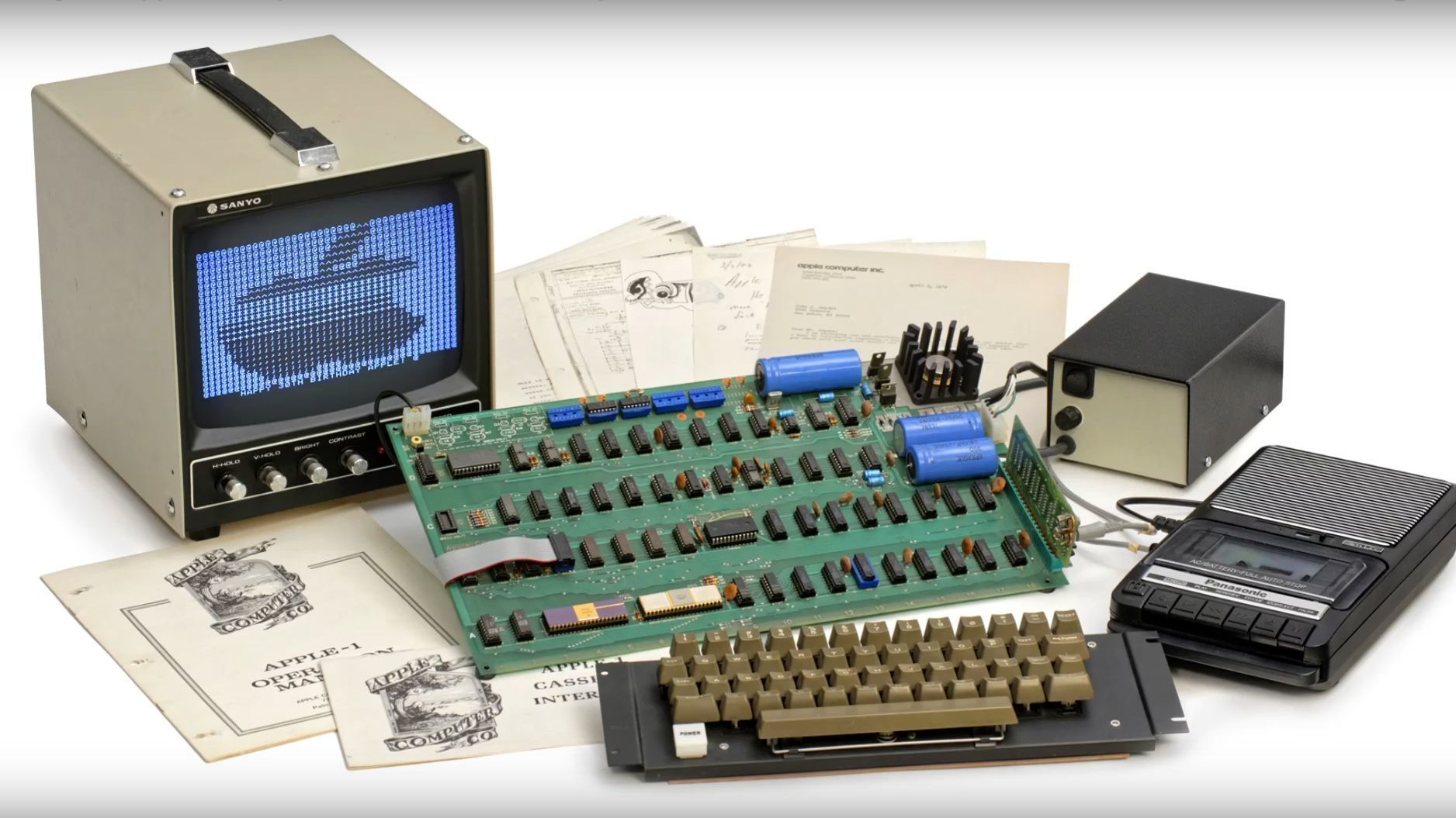Det finnes kun åtte fungerende Apple 1-maskiner igjen – én av dem kan nå bli din