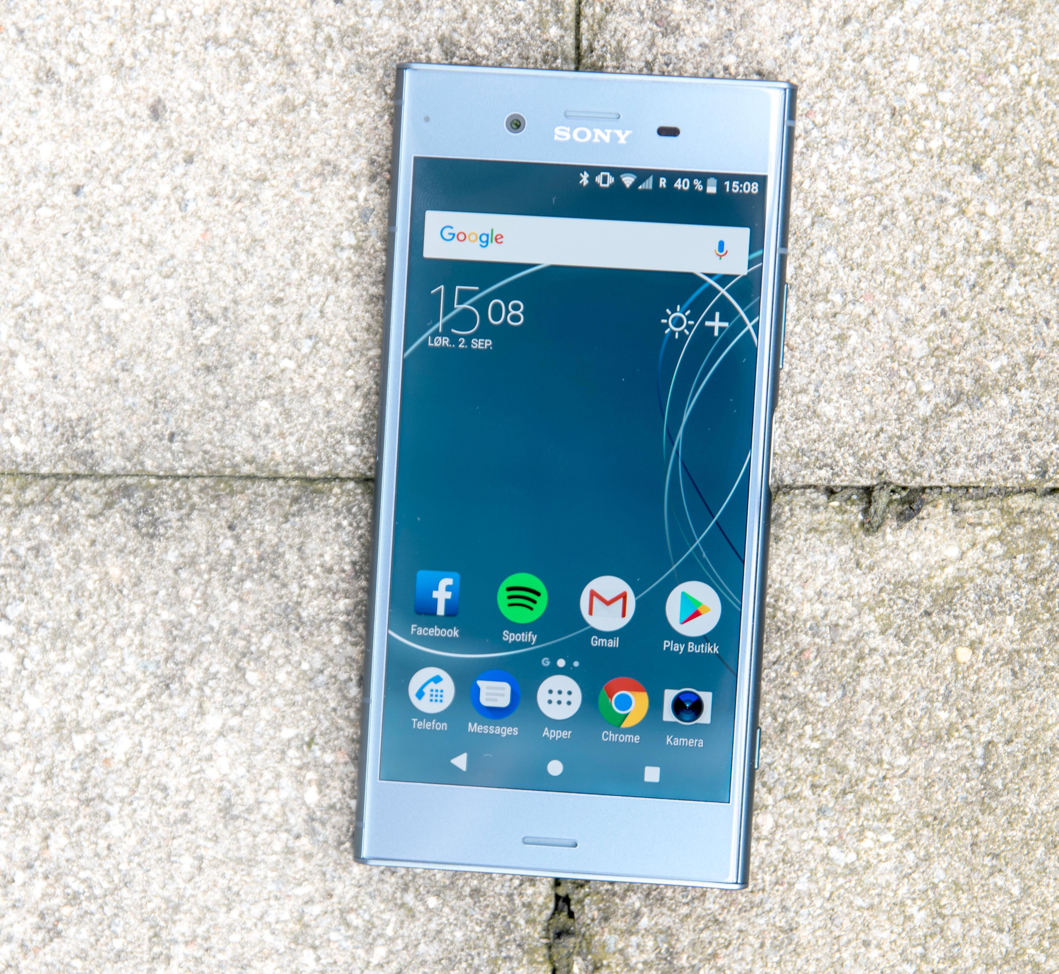 Sonys Xperia XZ1 var antakeligvis den første mobilen i norske butikker som ble levert med Android 8. Den kom i salg i oktober i fjor. Bilde: Finn Jarle Kvalheim, Tek.no